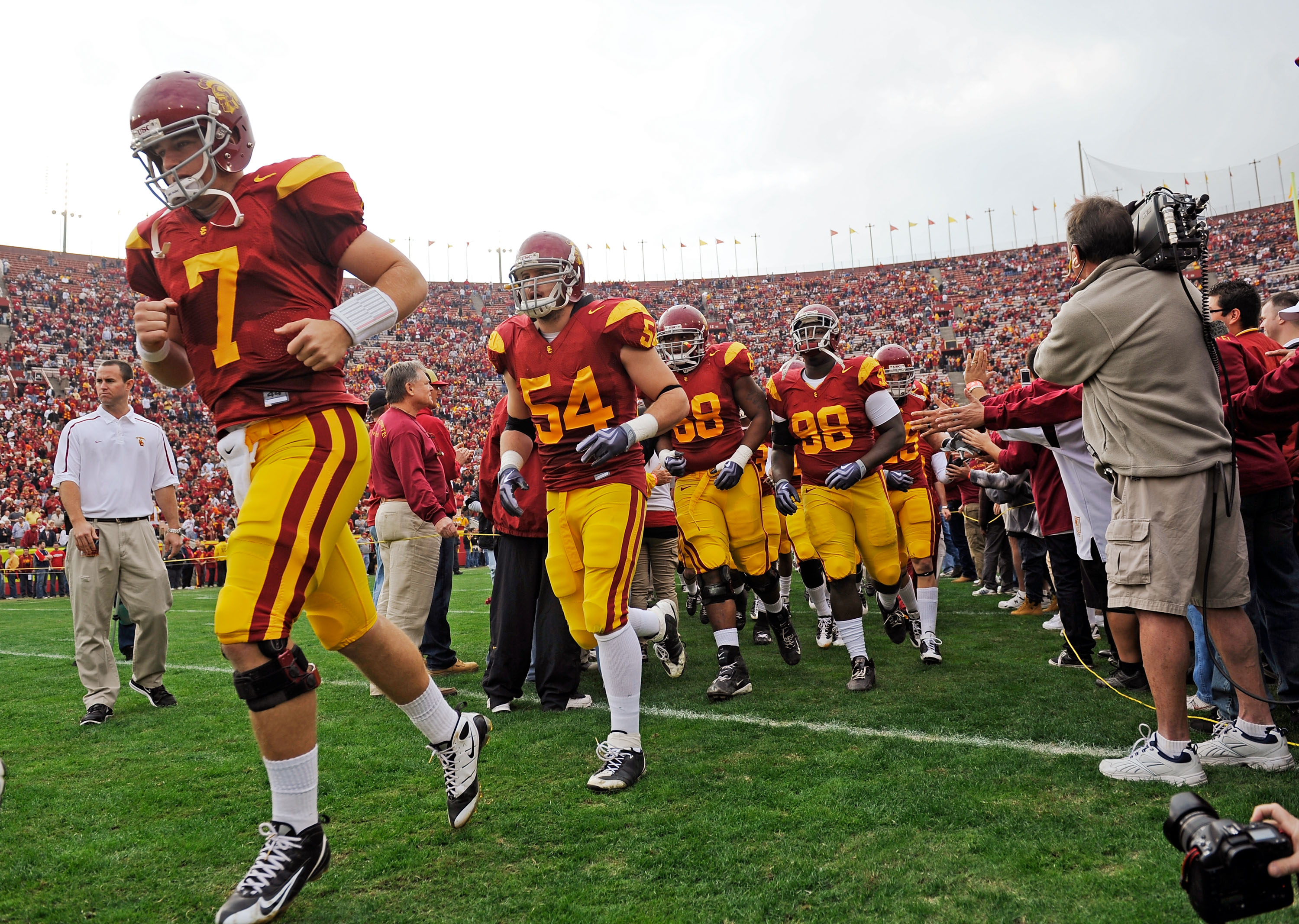 best college football uniforms ranking the coolest 15 of