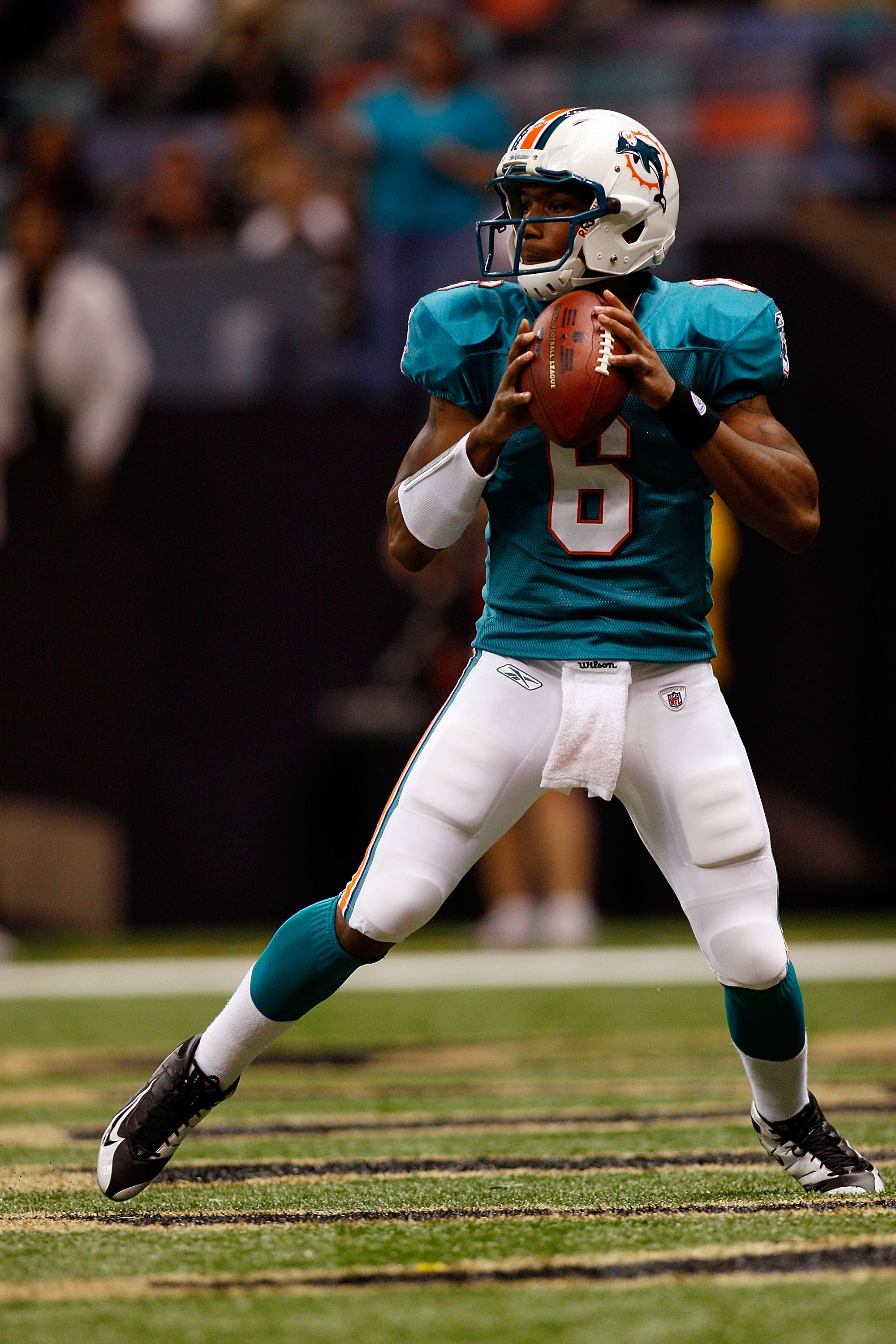 NEW ORLEANS - SEPTEMBER 03:  Quarterback Pat White #6 of the Miami Dolphins looks to throw a pass against the New Orleans Saints at the Louisiana Superdome on September 3, 2009 in New Orleans, Louisiana. The Dolphins defeated the Saints 10-7.  (Photo by C
