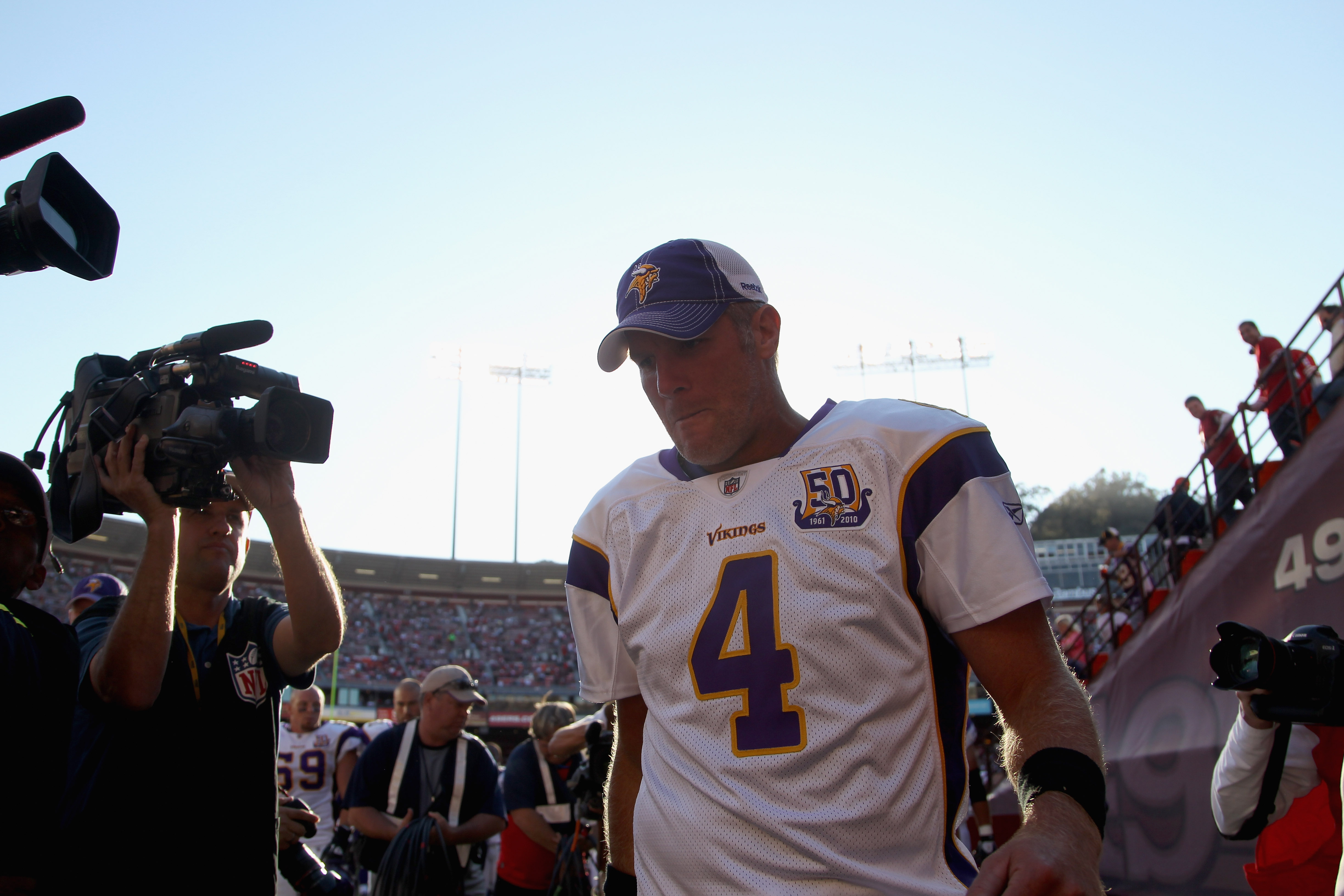 SAN FRANCISCO - AUGUST 22:  Brett Favre #4 of the Minnesota Vikings leaves the field at halftime during their preseason game against the San Francisco 49ers at Candlestick Park on August 22, 2010 in San Francisco, California.  (Photo by Ezra Shaw/Getty Im