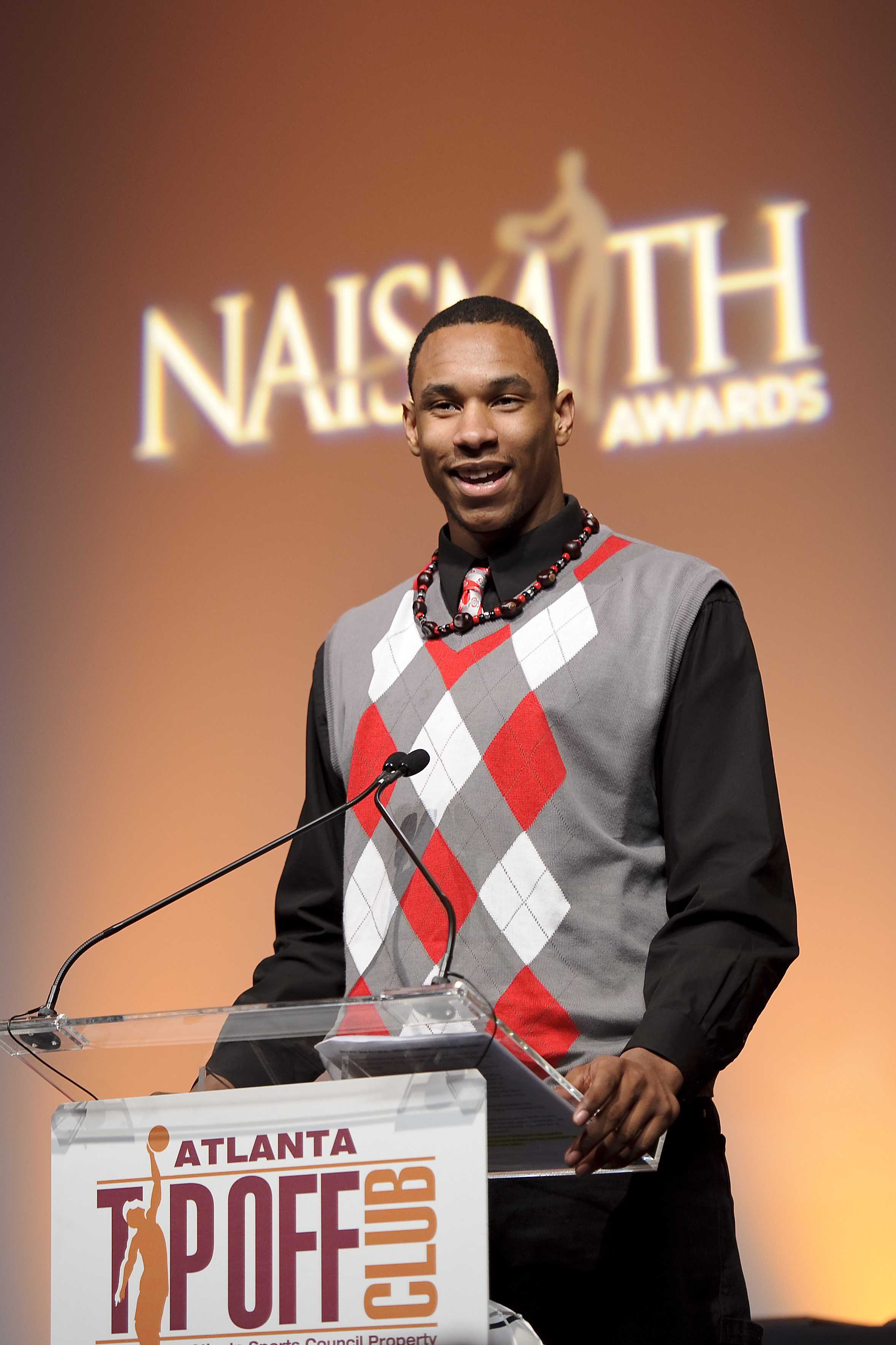 ATLANTA - MARCH 23: Jared Sullinger of Northland High School in Columbus, Ohio speaks at the Atlanta Tipoff Club Naismith Award Banquet at the Cobb Energy Performing Arts Center on March 23, 2010 in Atlanta, Georgia. Jared was the Boy's winner for the 'Na