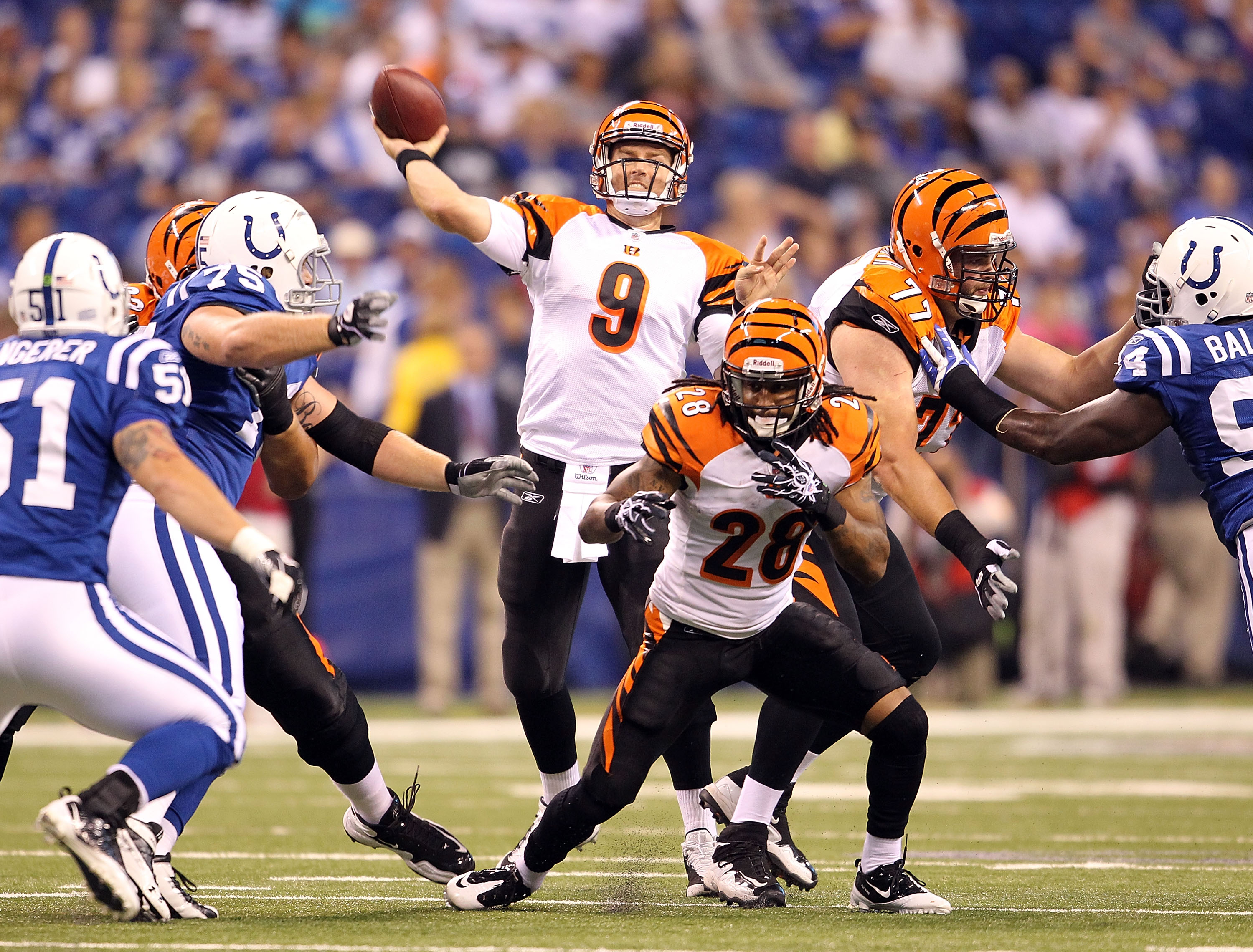 INDIANAPOLIS - SEPTEMBER 02:  Carson Palmer #9  of the Cincinnati Bengals throws a pass during the NFL preseason game against the Indianapolis Colts at Lucas Oil Stadium on September 2, 2010 in Indianapolis, Indiana.  (Photo by Andy Lyons/Getty Images)