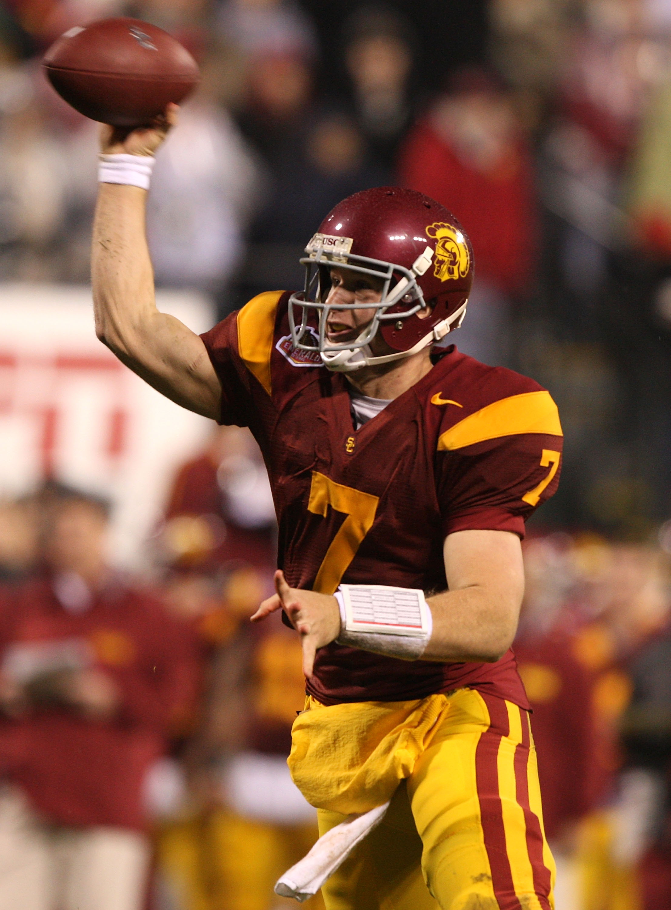 SAN FRANCISCO - DECEMBER 26: Matt Barkley #7 of the USC Trojans passes against the Boston College Eagles during the 2009 Emerald Bowl at AT&T Park on December 26, 2009 in San Francisco, California. (Photo by Jed Jacobsohn/Getty Images)