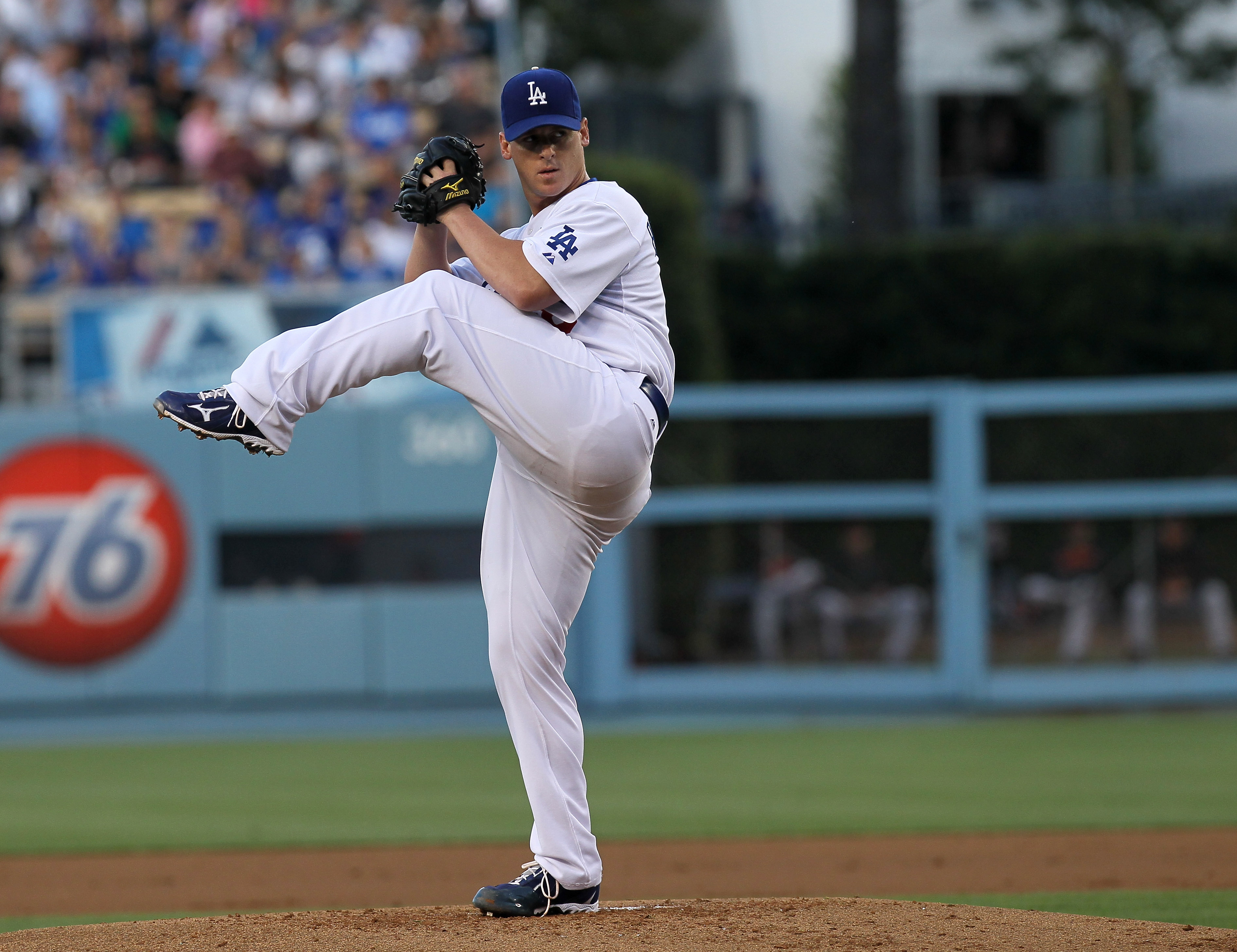 LOS ANGELES, CA - JULY 21:  Chad Billingsley #58 of the Los Angeles Dodgers throws a pitch against the San Francisco Giants on July 21, 2010 at Dodger Stadium in Los Angeles, California.  The Dodgers won 2-0.  (Photo by Stephen Dunn/Getty Images)
