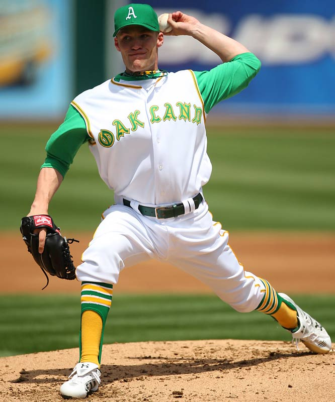 new style 7ccec 18e6e Major League Baseball: Top 10 Throwback Jerseys of All Time ...