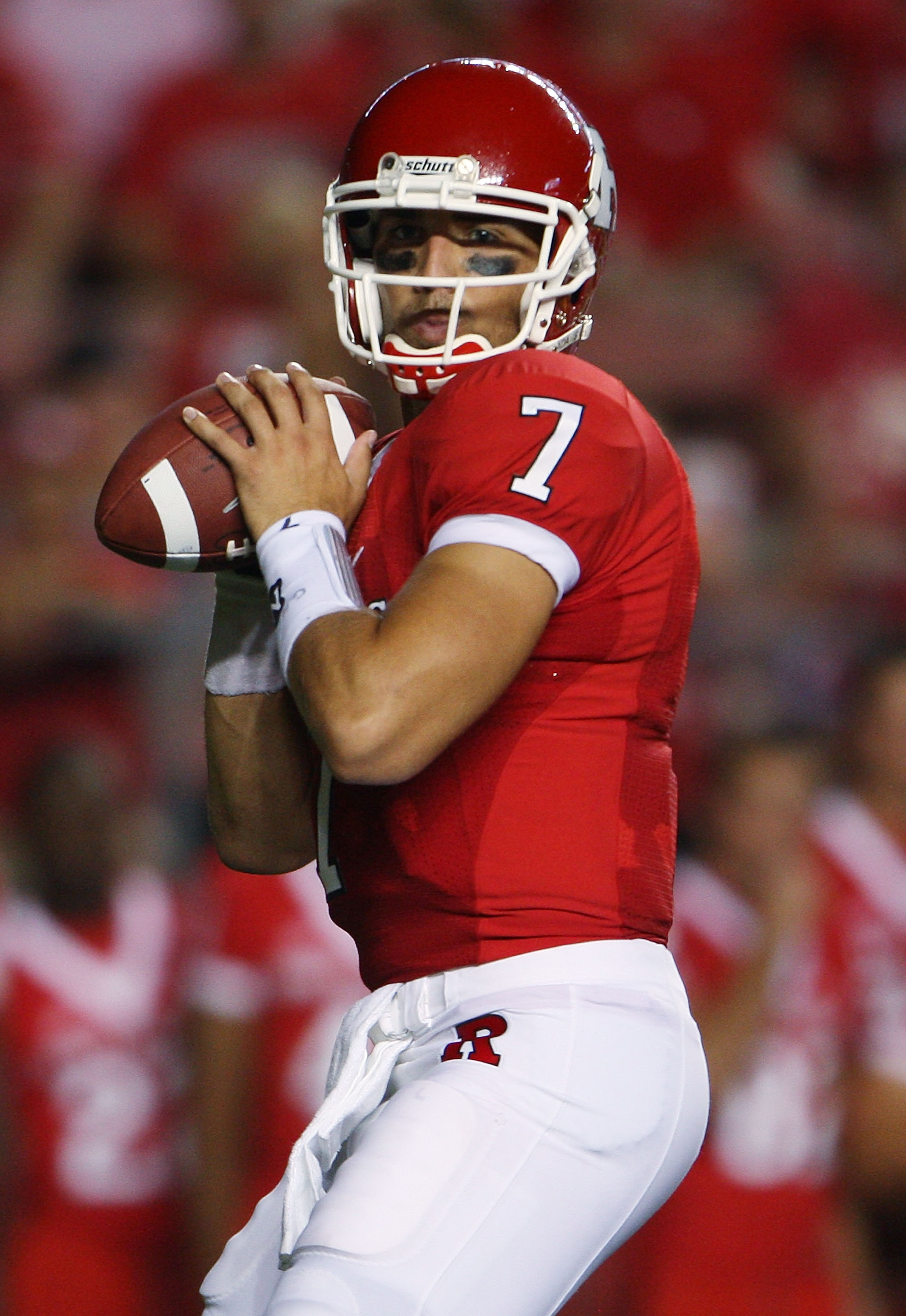 NEW BRUNSWICK, NJ - SEPTEMBER 02:  Tom Savage #7 of the Rutgers Scarlet Knights drops back with the ball against the Norfolk State Spartans at Rutgers Stadium on September 2, 2010 in New Brunswick, New Jersey.  The Scarlet Knights beat the Spartans 31 - 0