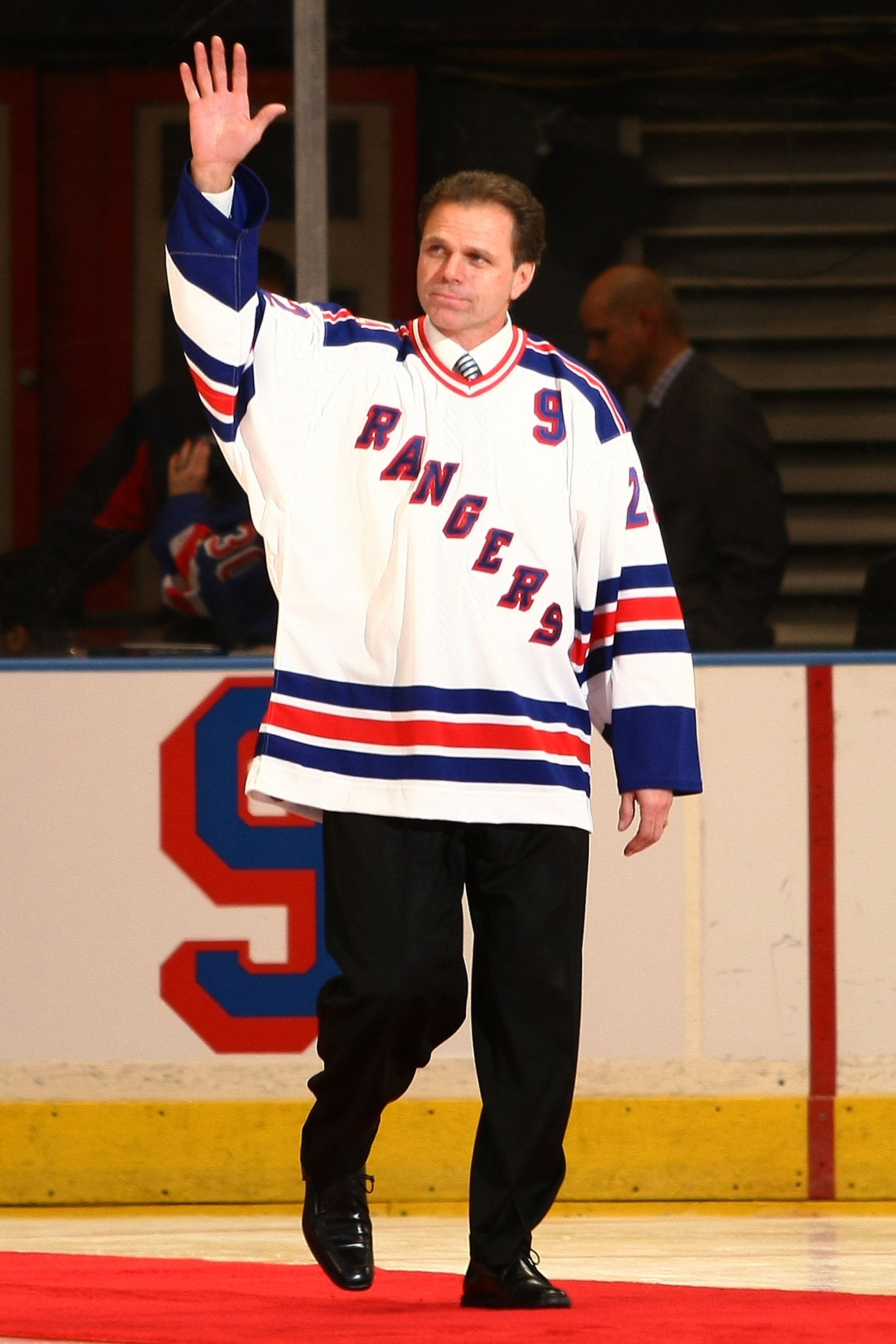 a9a21b837 NEW YORK - FEBRUARY 03  Former New York Rangers player Mike Gartner walks  onto the