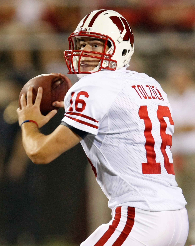 Wisconsin Quarterback Scott Tolzien Fades Back to Pass