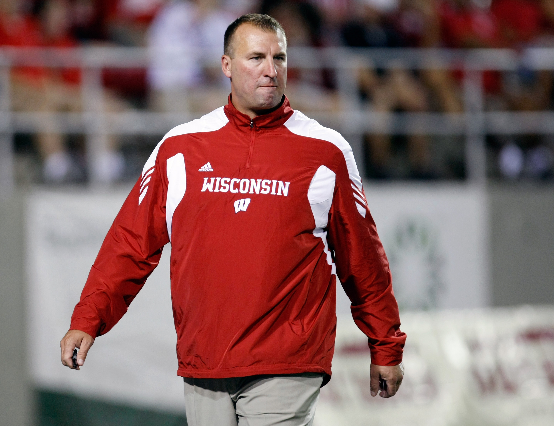 Wisconsin Head Coach Brett Bielema Glares at a Referee