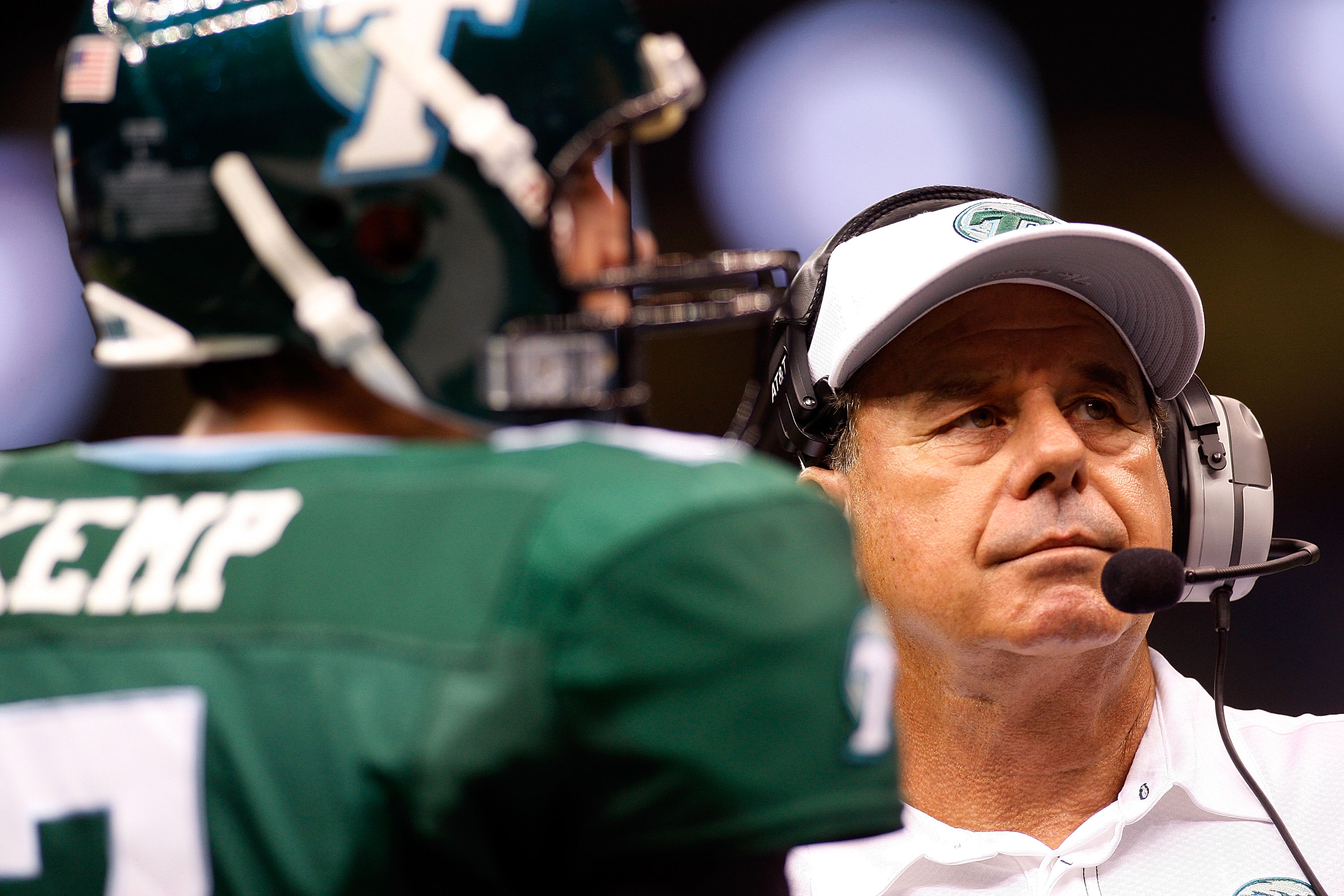 NEW ORLEANS - SEPTEMBER 04:  Head coach Bob Toledo talks with quarterback Joe Kemp #7 of the Tulane Green Wave during a timeout against the Tulsa Golden Hurricanes at the Louisiana Superdome on September 4, 2009 in New Orleans, Louisiana.  (Photo by Chris