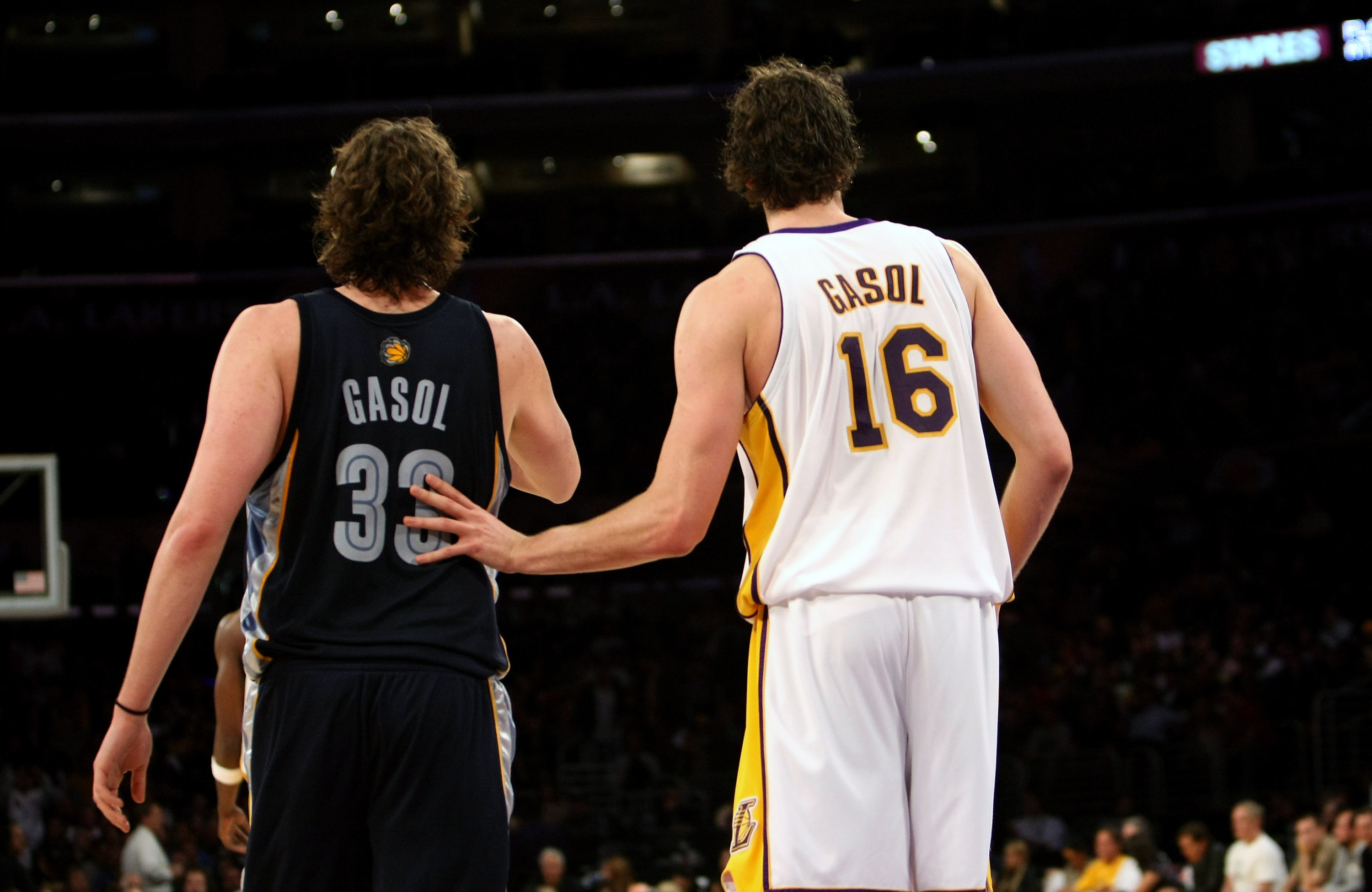 LOS ANGELES, CA - MARCH 3:  Pau Gasol #16 of the Los Angeles Lakers hand checks his brother Marc Gasol #33 of the Memphis Grizzlies at Staples Center March 3, 2009 in Los Angeles, California.  The Lakers won 99-89.  NOTE TO USER: User expressly acknowledg