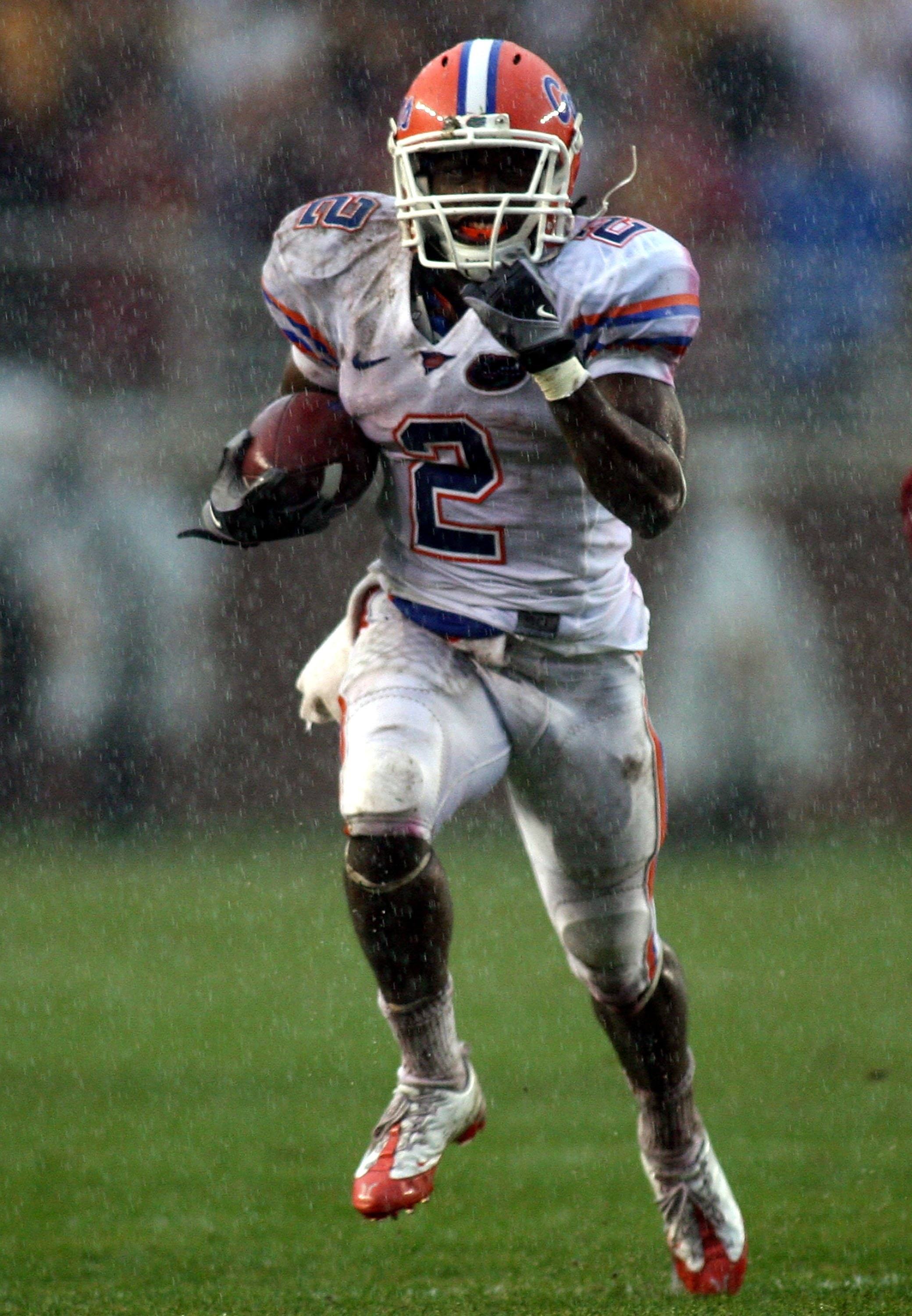 TALLAHASSEE, FL - NOVEMBER 29: Receiver Jeffrey Demps #2 of the Florida Gators runs against the Florida State Seminoles during the first half at Bobby Bowden Field at Doak Campbell Stadium on November 29, 2008 in Tallahassee, Florida.  Florida defeated Fl
