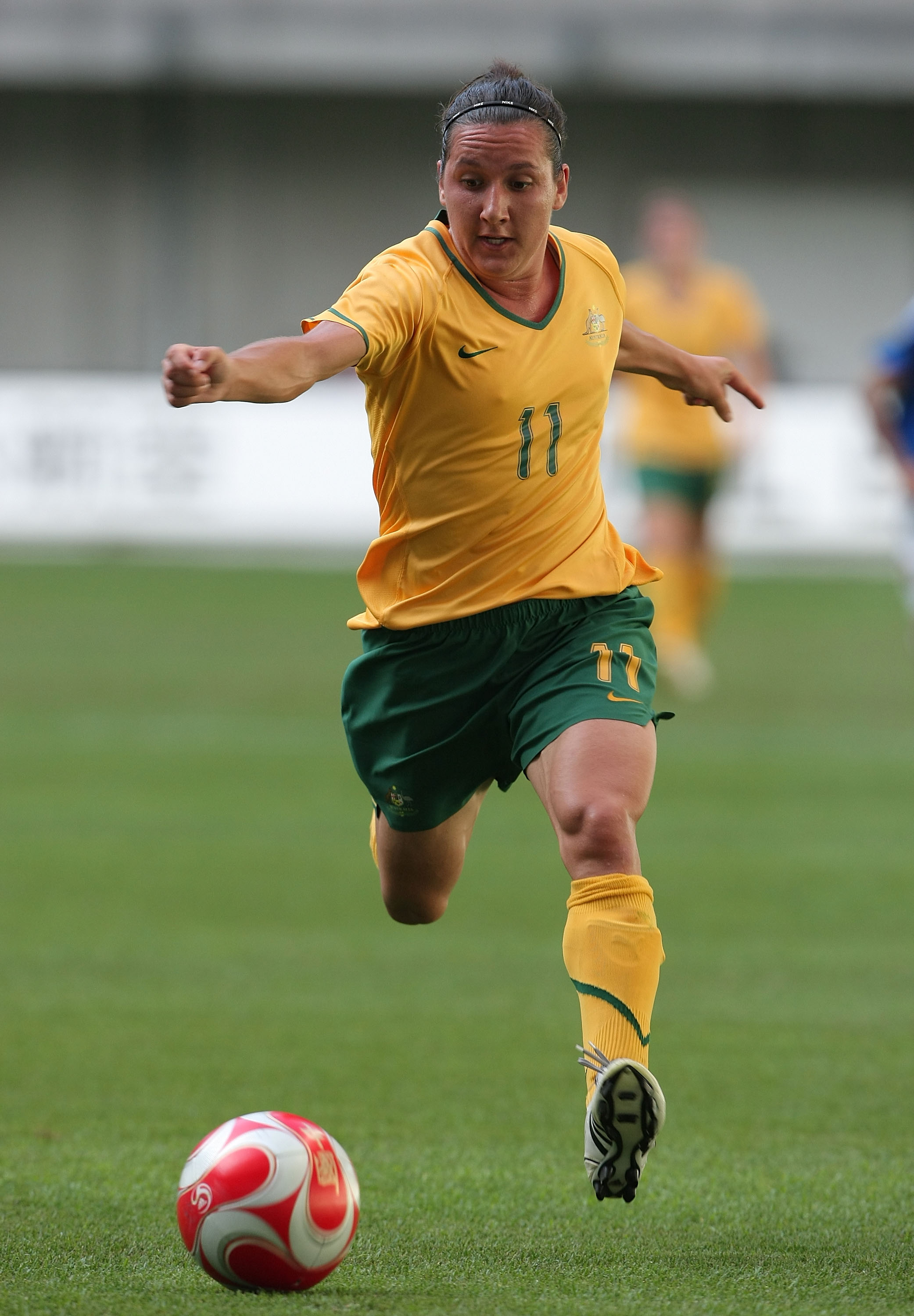 KOBE, JAPAN - JULY 24:  Lisa De Vanna of the Australian Matildas in action during the women's international friendly match between Japan and the Australian Matildas at Home's Stadium Kobe on July 24, 2008 in Kobe, Japan.  (Photo by Koichi Kamoshida/Getty