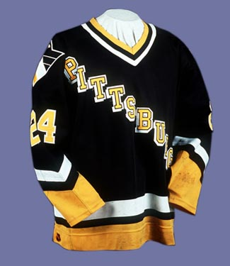 new arrival 30fa5 ace7e Black, Gold, and Blue: Ranking the Pittsburgh Penguins ...