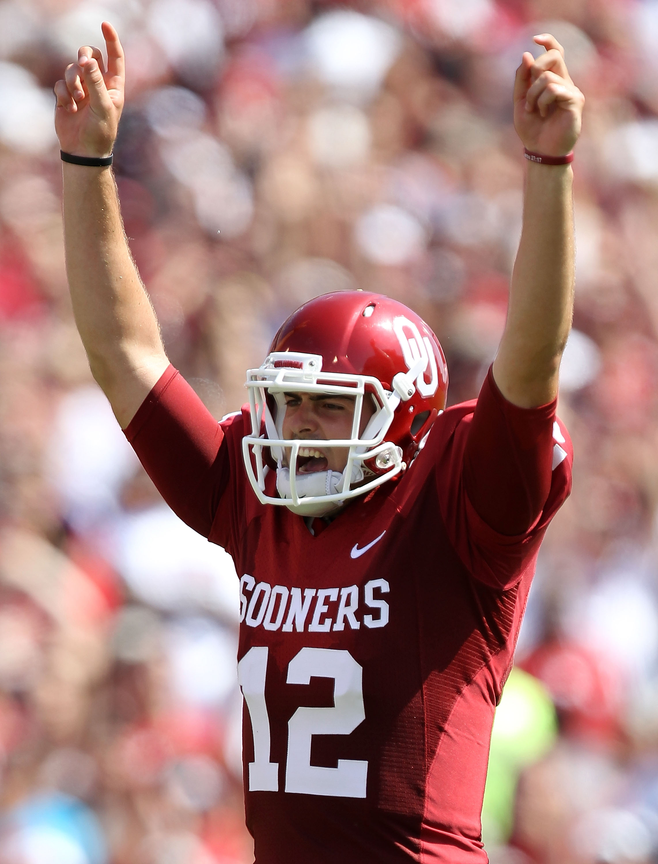 Landry Jones celebrates another big play