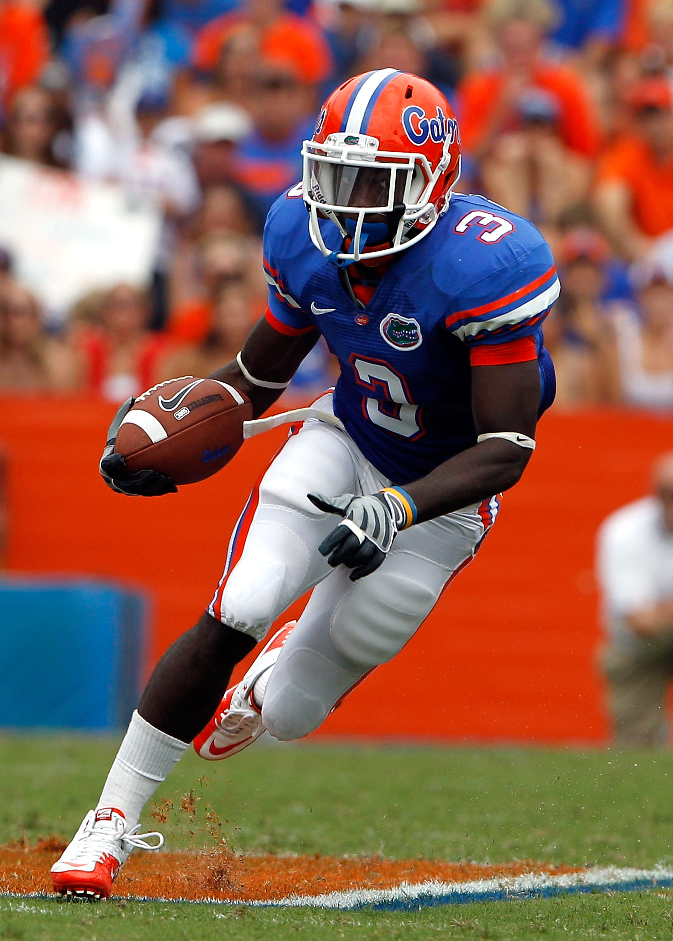 GAINESVILLE, FL - SEPTEMBER 04:  Chris Rainey #3 of the Florida Gators runs after making a reception against the Miami University RedHawks at Ben Hill Griffin Stadium on September 4, 2010 in Gainesville, Florida.  (Photo by Sam Greenwood/Getty Images)