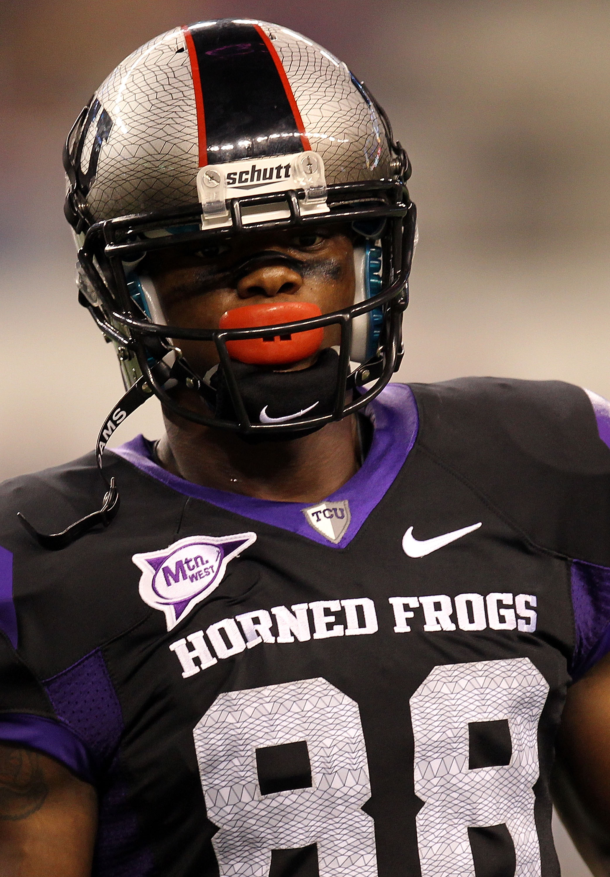 ARLINGTON, TX - SEPTEMBER 04:  Wide receiver Jimmy Young #88 of the TCU Horned Frogs at Cowboys Stadium on September 4, 2010 in Arlington, Texas.  (Photo by Ronald Martinez/Getty Images)