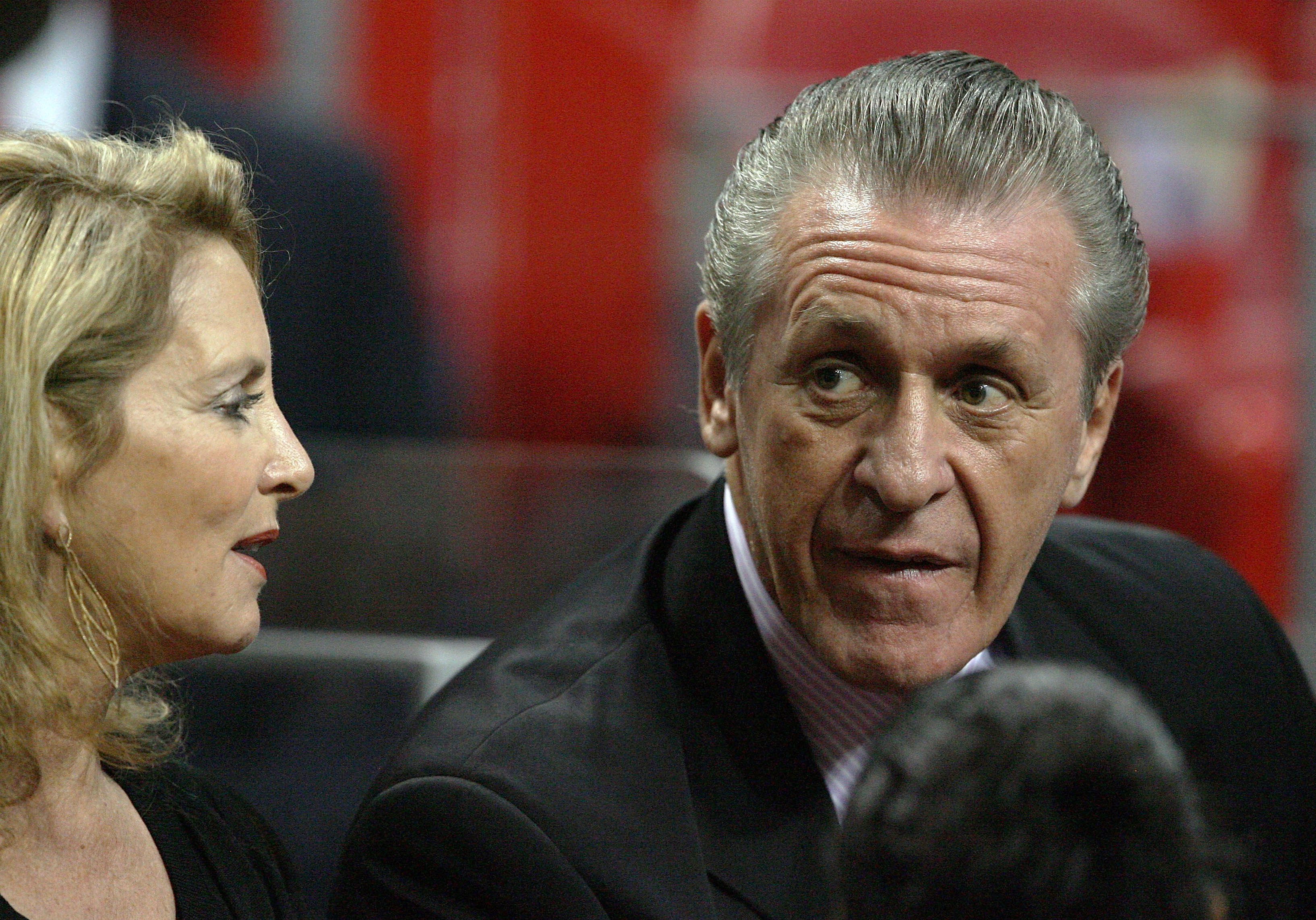 Who should Pat Riley text B.I.W (Best In the World) to this season?
