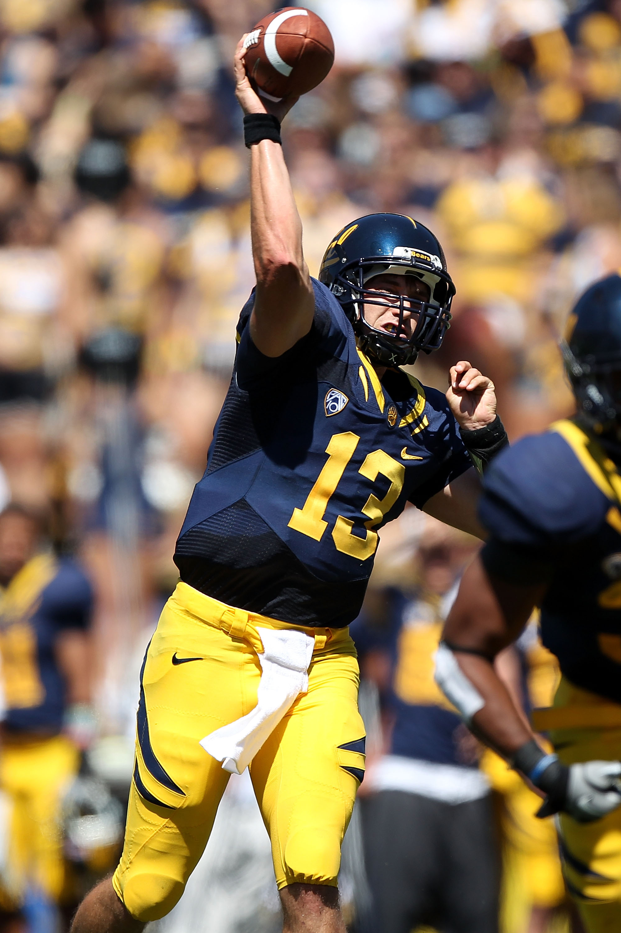BERKELEY, CA - SEPTEMBER 11:  Kevin Riley #13 of the California Golden Bears passes against the Colorado Buffaloes at California Memorial Stadium on September 11, 2010 in Berkeley, California.  (Photo by Jed Jacobsohn/Getty Images)