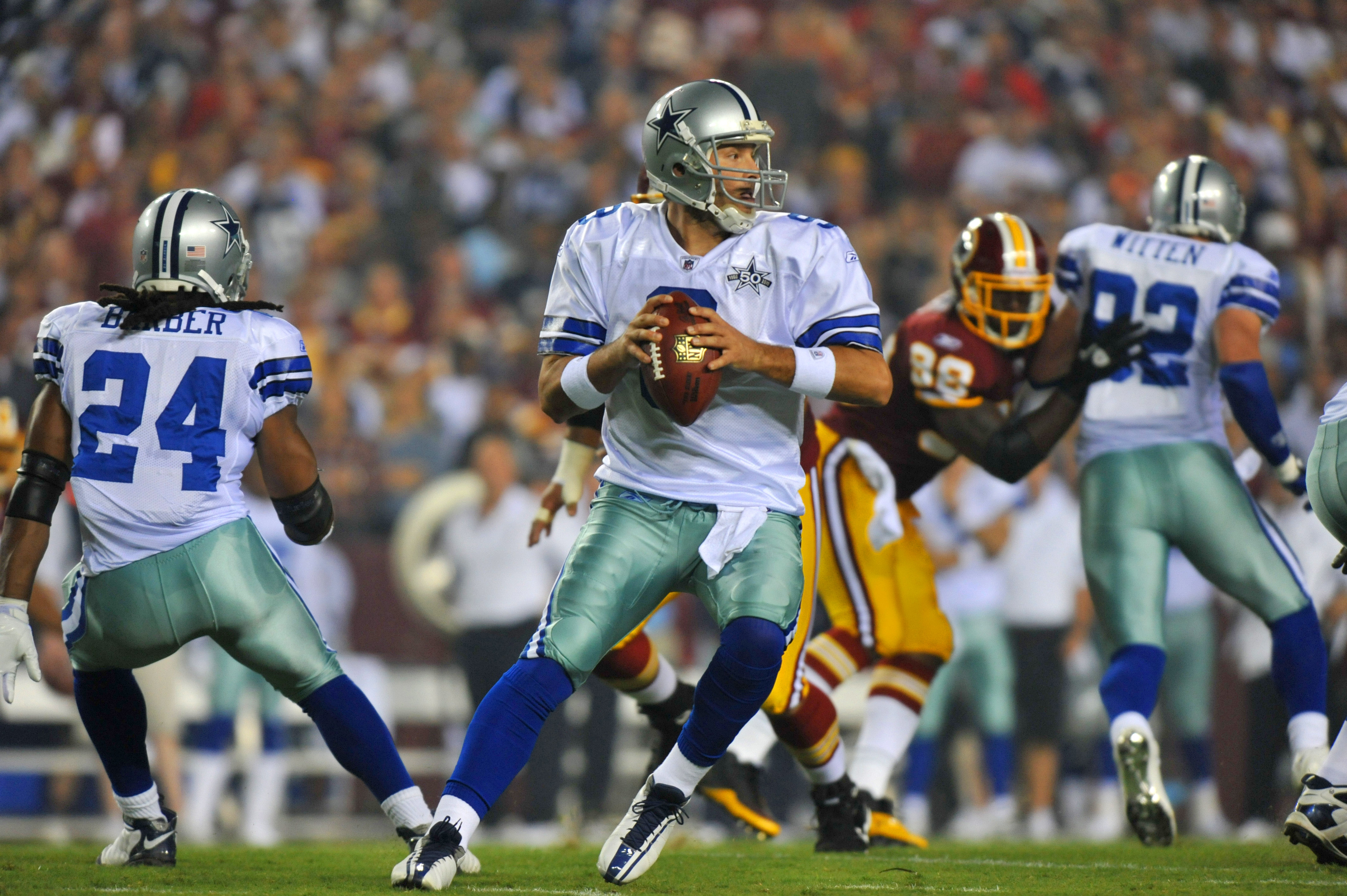 LANDOVER - SEPTEMBER 12:  Tony Romo #9 of the Dallas Cowboys looks to pass during the NFL season opener against the Washington Redskins at FedExField on September 12, 2010 in Landover, Maryland.  (Photo by Larry French/Getty Images)