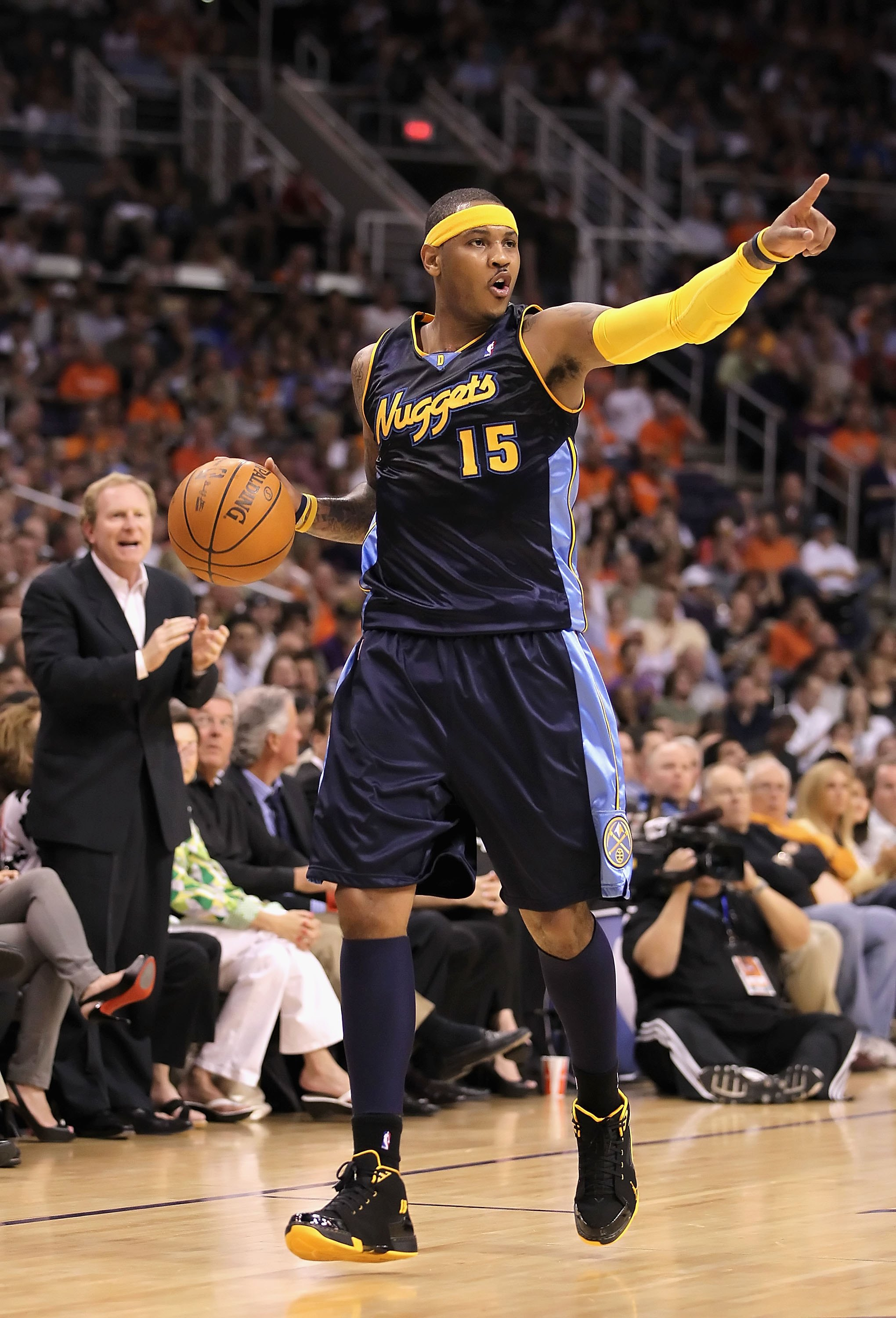 NBA Trade Rumors: Why Carmelo Anthony Should Be Traded ...