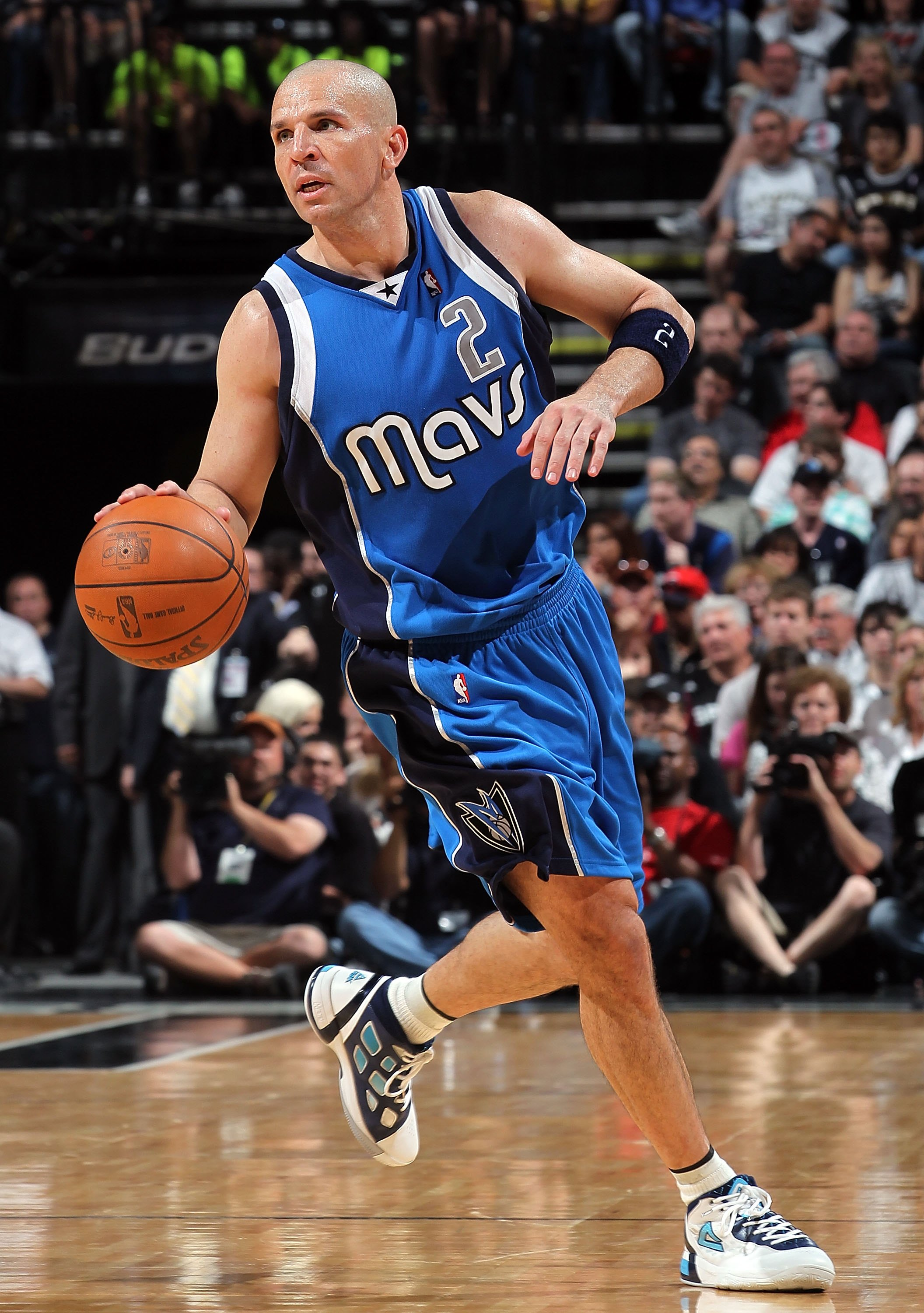 SAN ANTONIO - APRIL 25:  Jason Kidd #2 of the Dallas Mavericks in Game Four of the Western Conference Quarterfinals during the 2010 NBA Playoffs at AT&T Center on April 25, 2010 in San Antonio, Texas. NOTE TO USER: User expressly acknowledges and agrees t