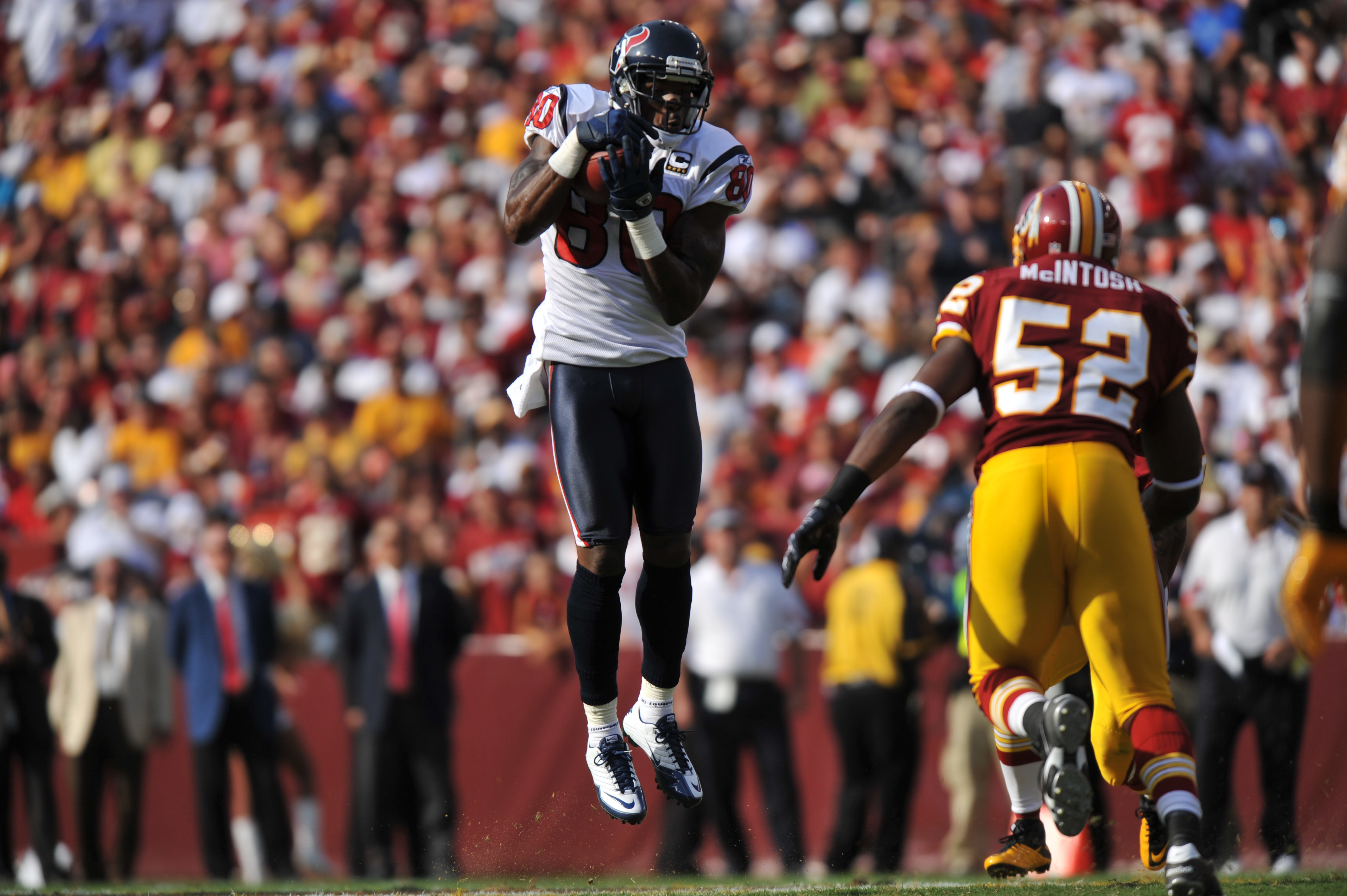 LANDOVER, MD - SEPTEMBER 19:  Andre Johnson #80 of the Houston Texans makes a catch against the Washington Redskins at FedExField on September 19, 2010 in Landover, Maryland. The Redskins lead Texans 20-7 at the half. (Photo by Larry French/Getty Images)