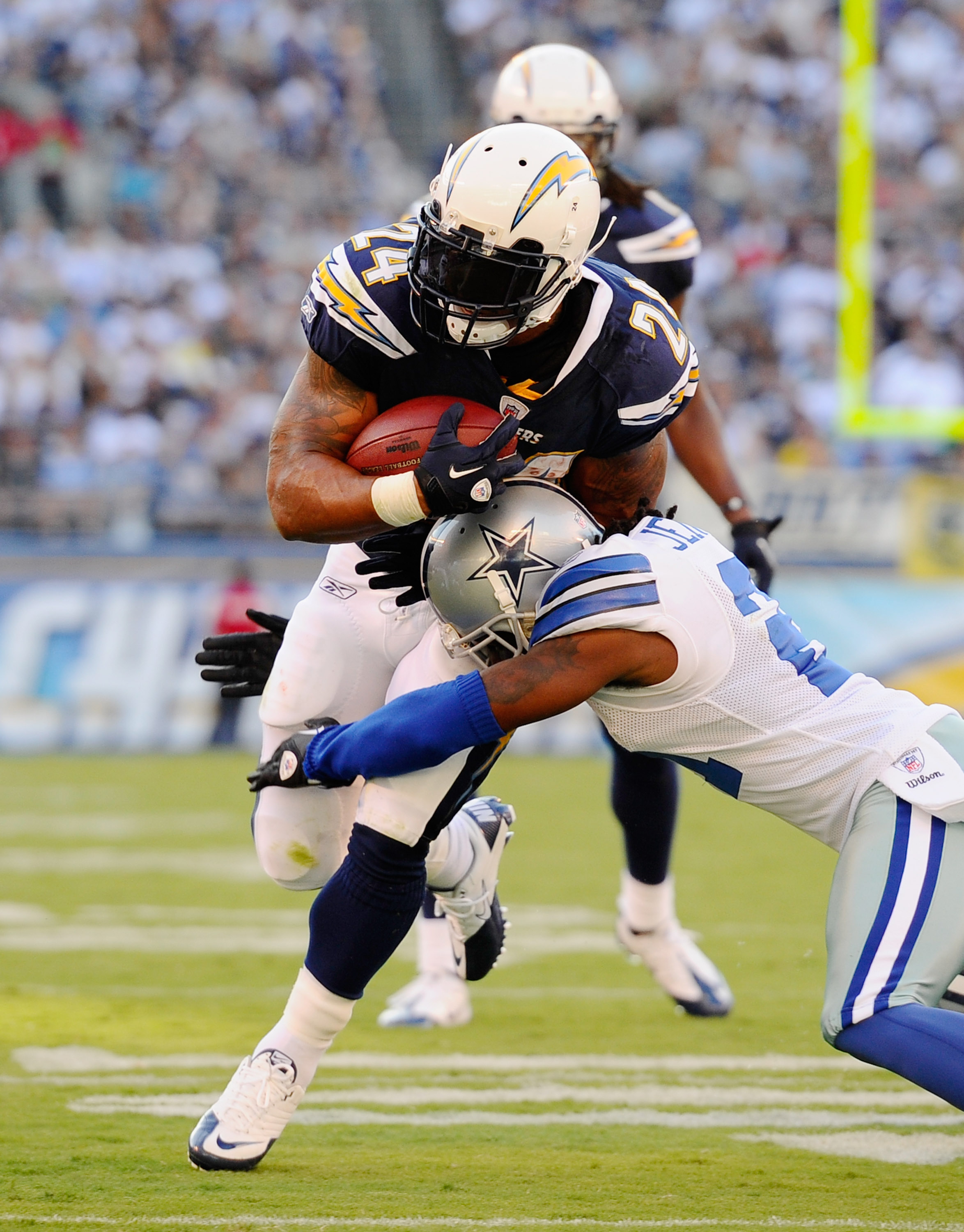 SAN DIEGO - AUGUST 21:  Running back Ryan Matthews #24 of the San Diego Chargers rushes during the pre-season NFL football game against Dallas Cowboys at Qualcomm Stadium on August 21, 2010 in San Diego, California.  (Photo by Kevork Djansezian/Getty Imag