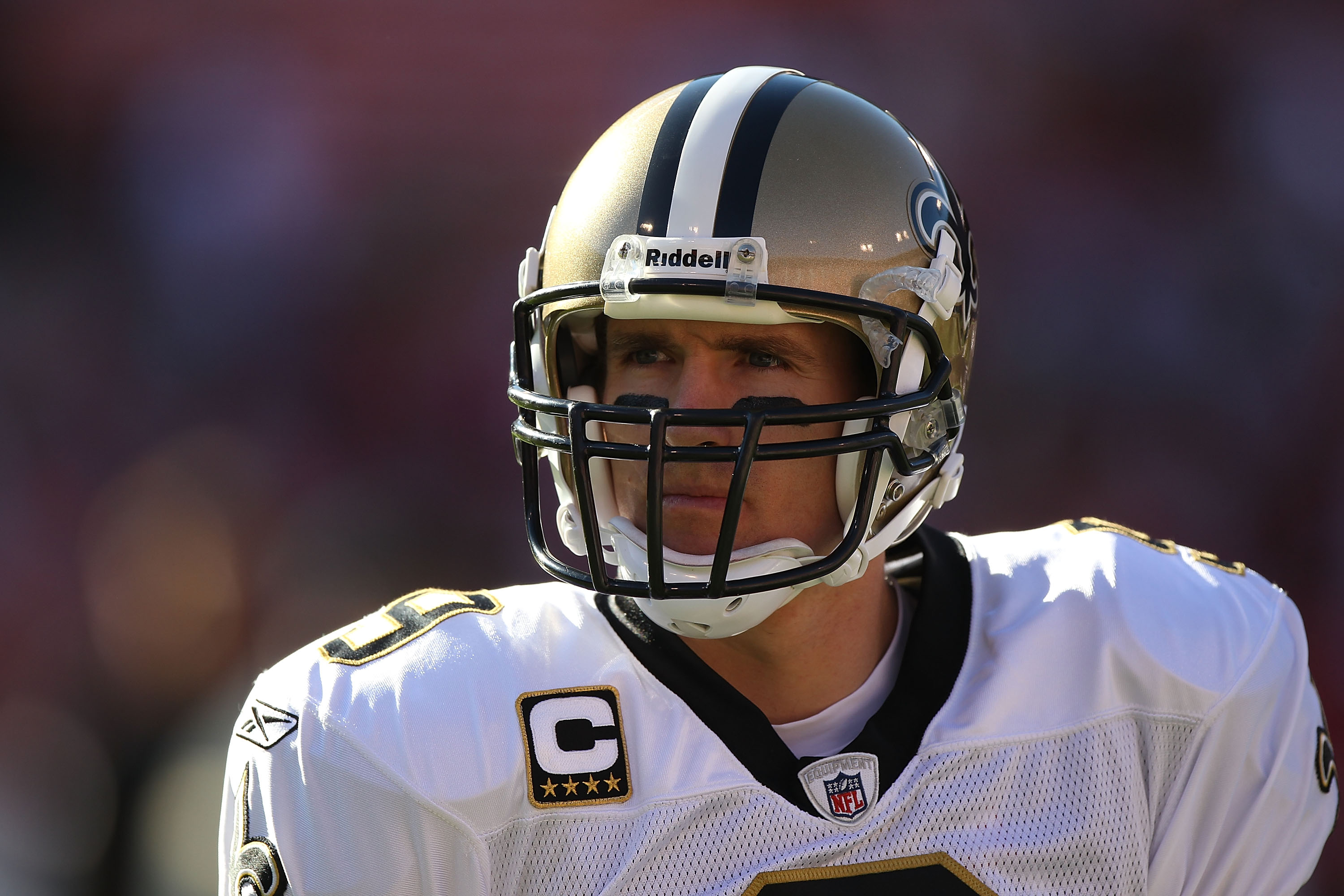 SAN FRANCISCO - SEPTEMBER 20:  Drew Brees #9 of the New Orleans Saints warms up against the San Francisco 49ers during an NFL game at Candlestick Park on September 20, 2010 in San Francisco, California.  (Photo by Jed Jacobsohn/Getty Images)