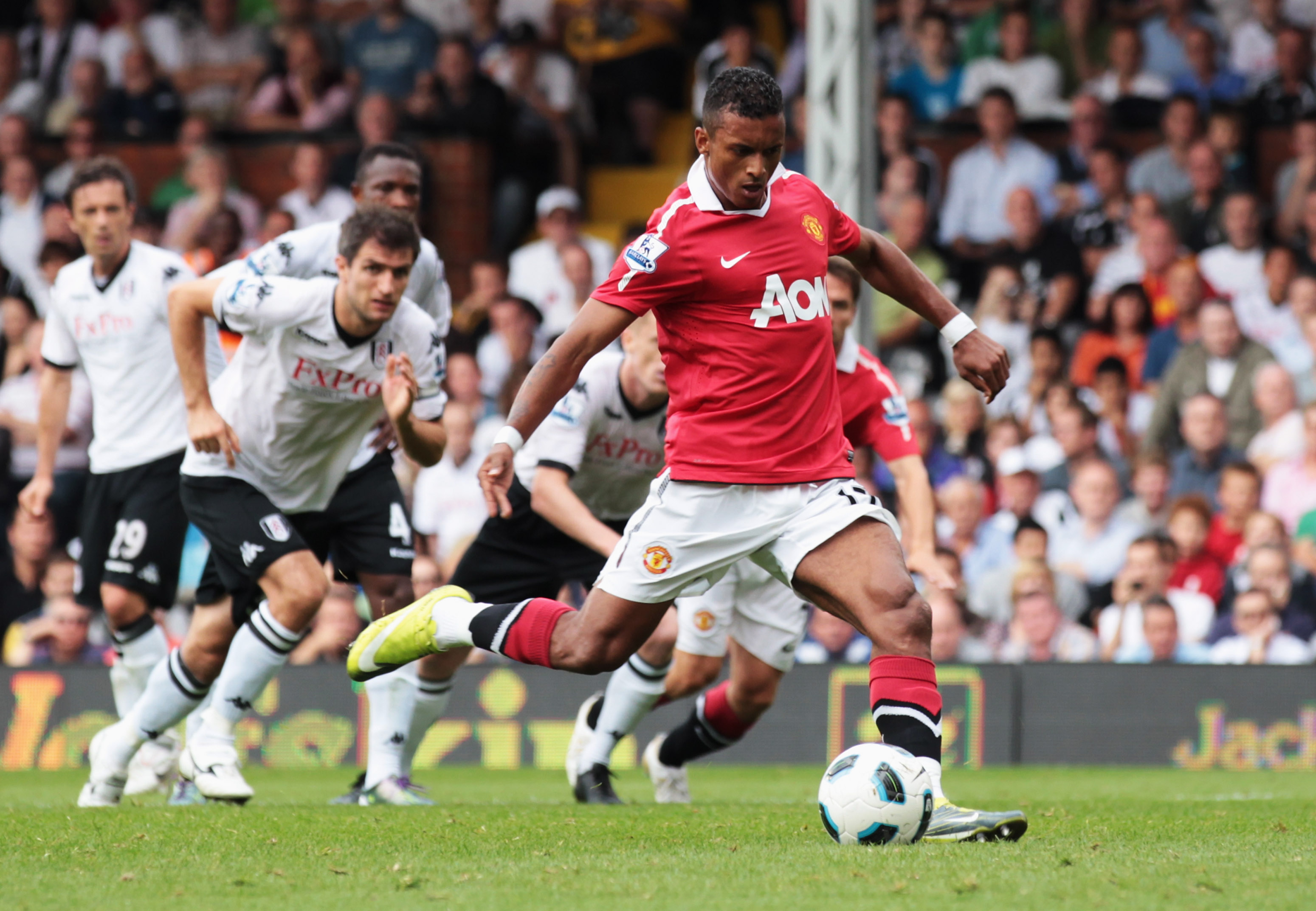 LONDON, ENGLAND - AUGUST 22:  Luis Nani of Manchester United misses a penalty during the Barclays Premier League match between Fulham and Manchester United at Craven Cottage on August 22, 2010 in London, England.  (Photo by Phil Cole/Getty Images)