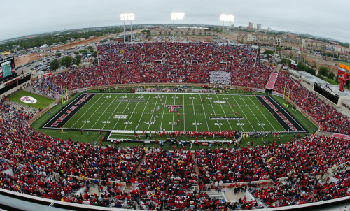 Power Ranking The 50 Loudest College Football Stadiums Bleacher Report Latest News Videos And Highlights