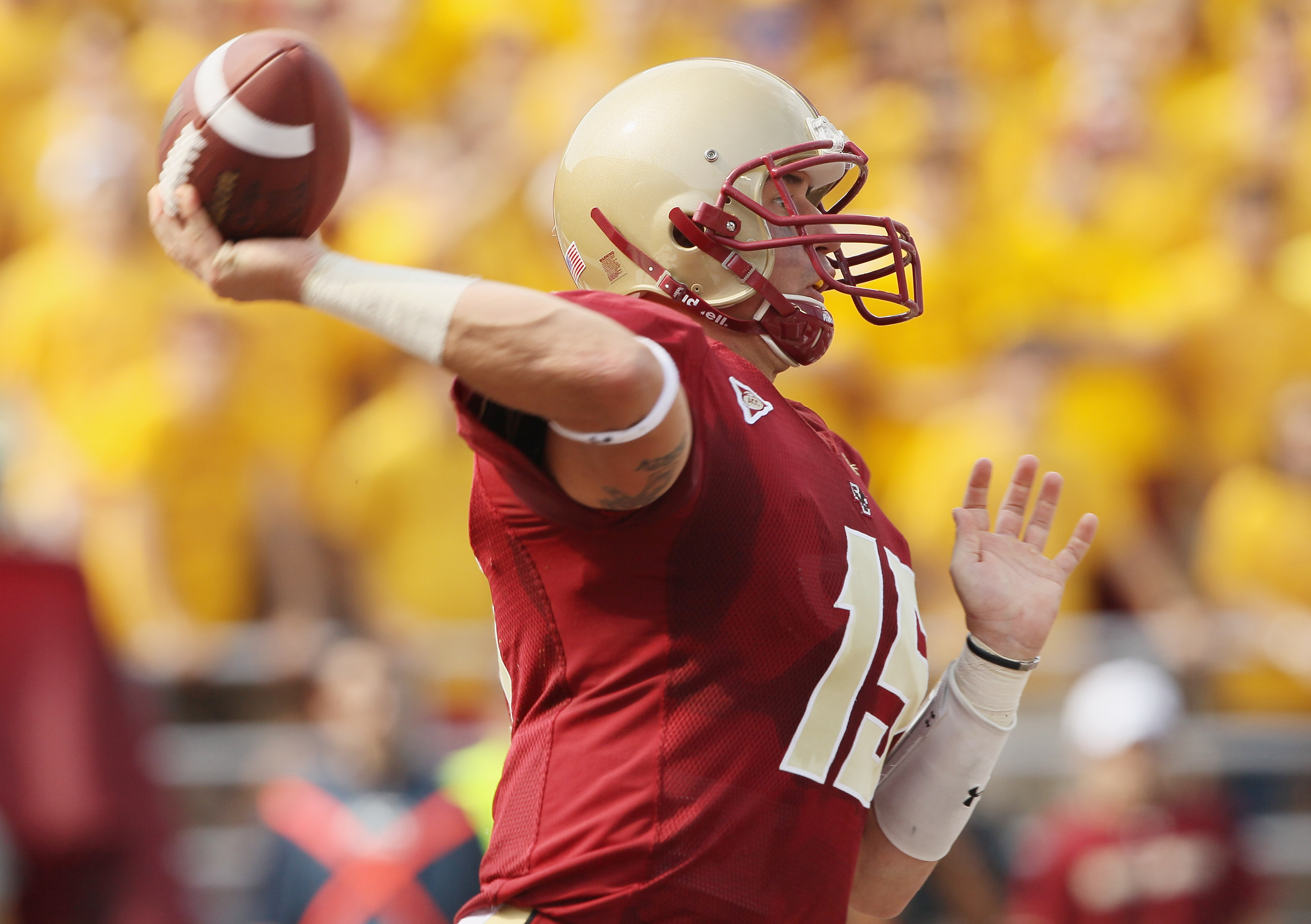 CHESTNUT HILL, MA - SEPTEMBER 25:  Dave Shinskie #15 of the Boston College Eagles passes the ball in the second quarter against the Virginia Tech Hokies on September 25, 2010 at Alumni Stadium in Chestnut Hill, Massachusetts.  (Photo by Elsa/Getty Images)