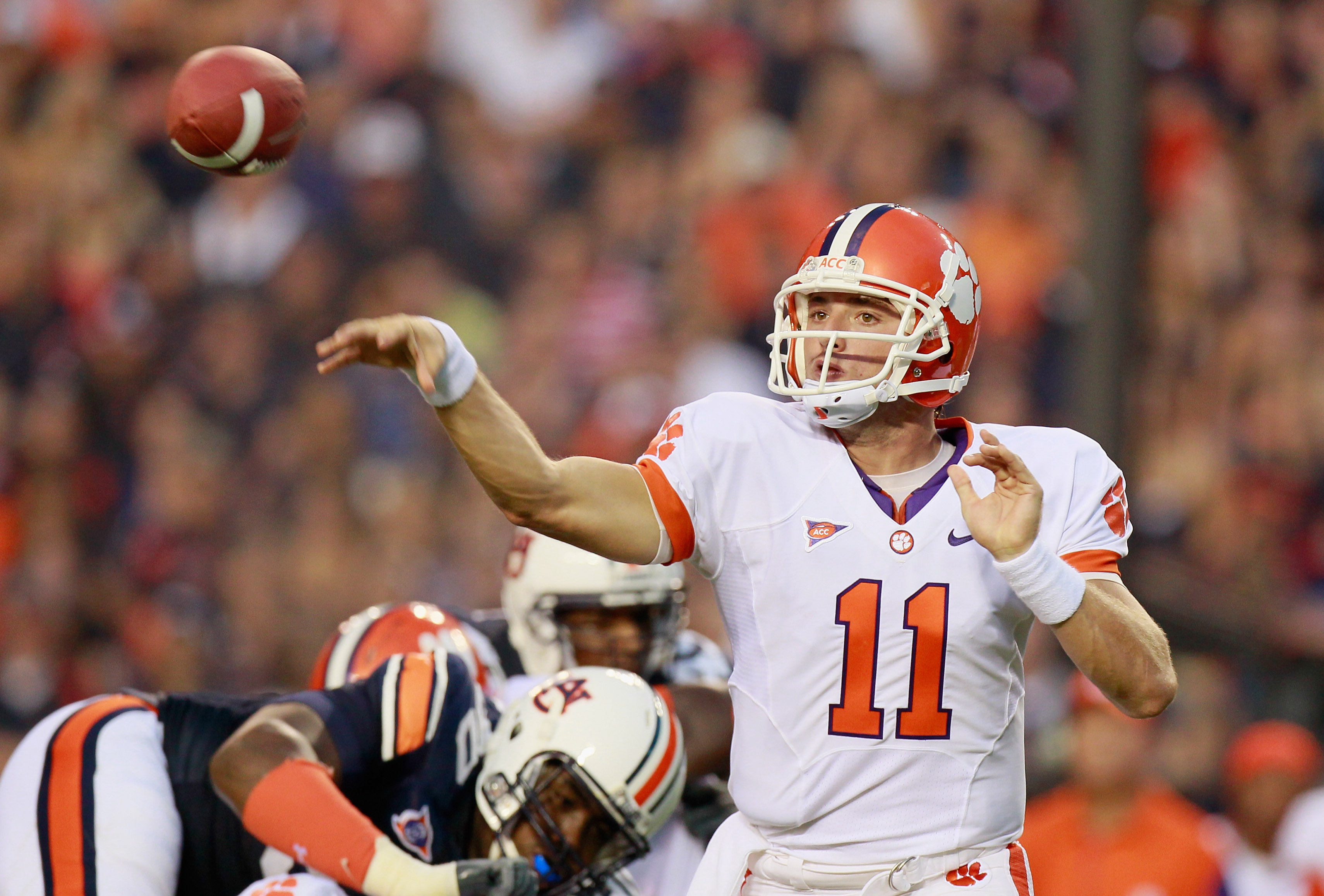 AUBURN, AL - SEPTEMBER 18:  Quarterback Kyle Parker #11 of the Clemson Tigers passes against the Auburn Tigers at Jordan-Hare Stadium on September 18, 2010 in Auburn, Alabama.  (Photo by Kevin C. Cox/Getty Images)