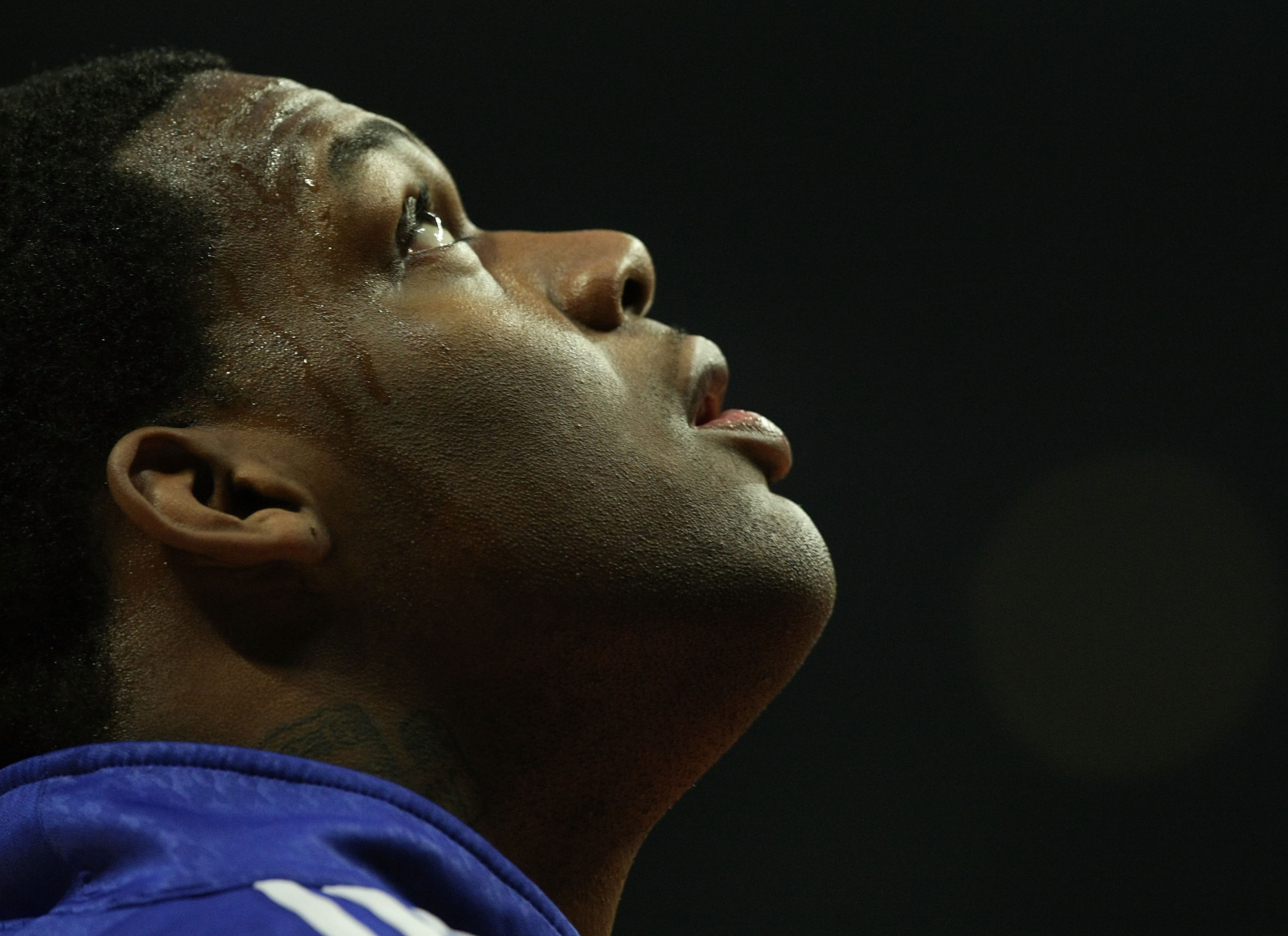 CHICAGO - JANUARY 08: Eddy Curry #34 of the New York Knicks waits for a ball during warm-ups before a game against the Chicago Bulls on January 8, 2008 at the United Center in Chicago, Illinois. The Knicks defeated the Bulls 105-100. NOTE TO USER: User ex