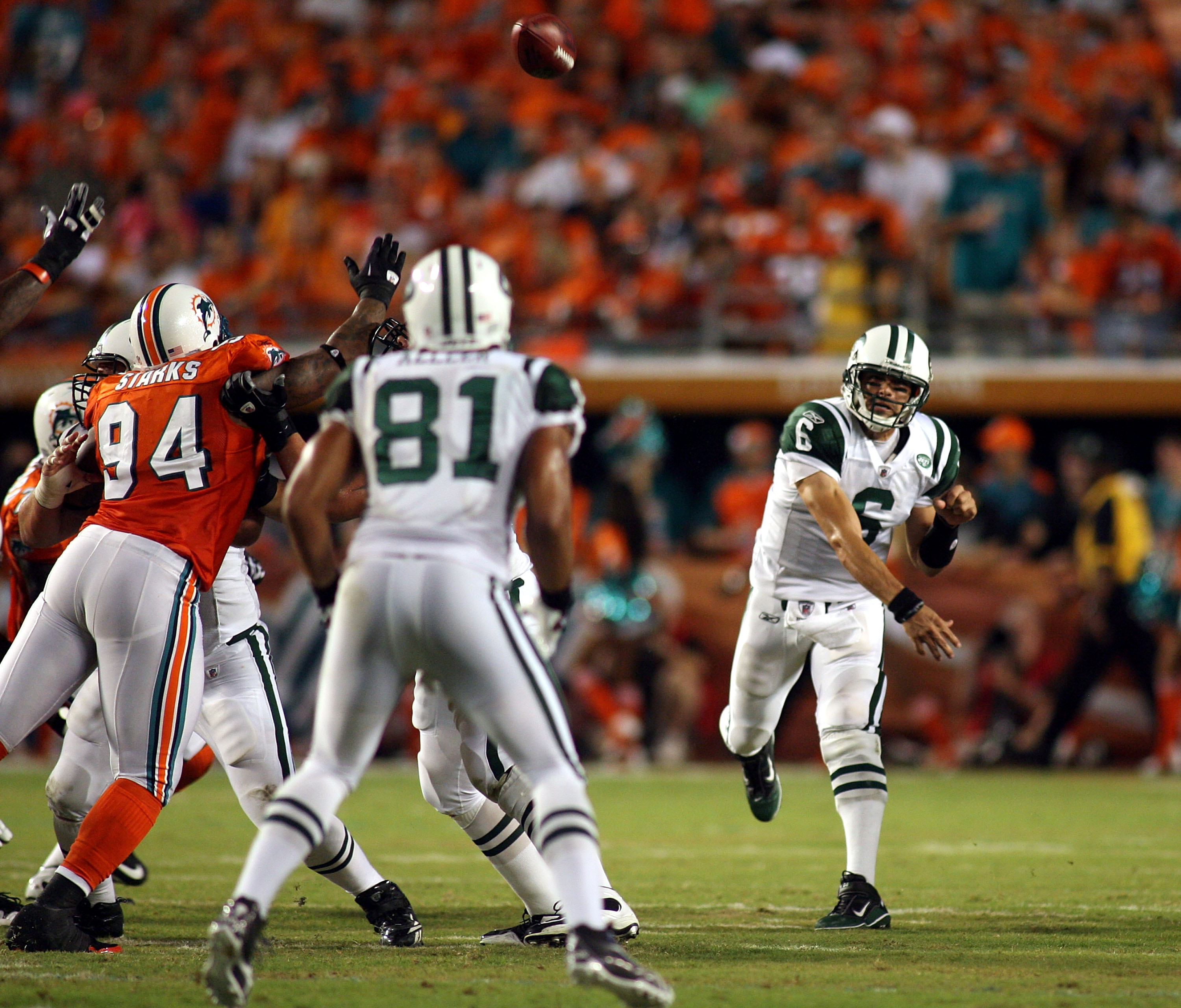 MIAMI - SEPTEMBER 26:  Quarterback Mark Sanchez #6 of the New York Jets throws against the Miami Dolphins at Sun Life Stadium on September 26, 2010 in Miami, Florida.  (Photo by Marc Serota/Getty Images)
