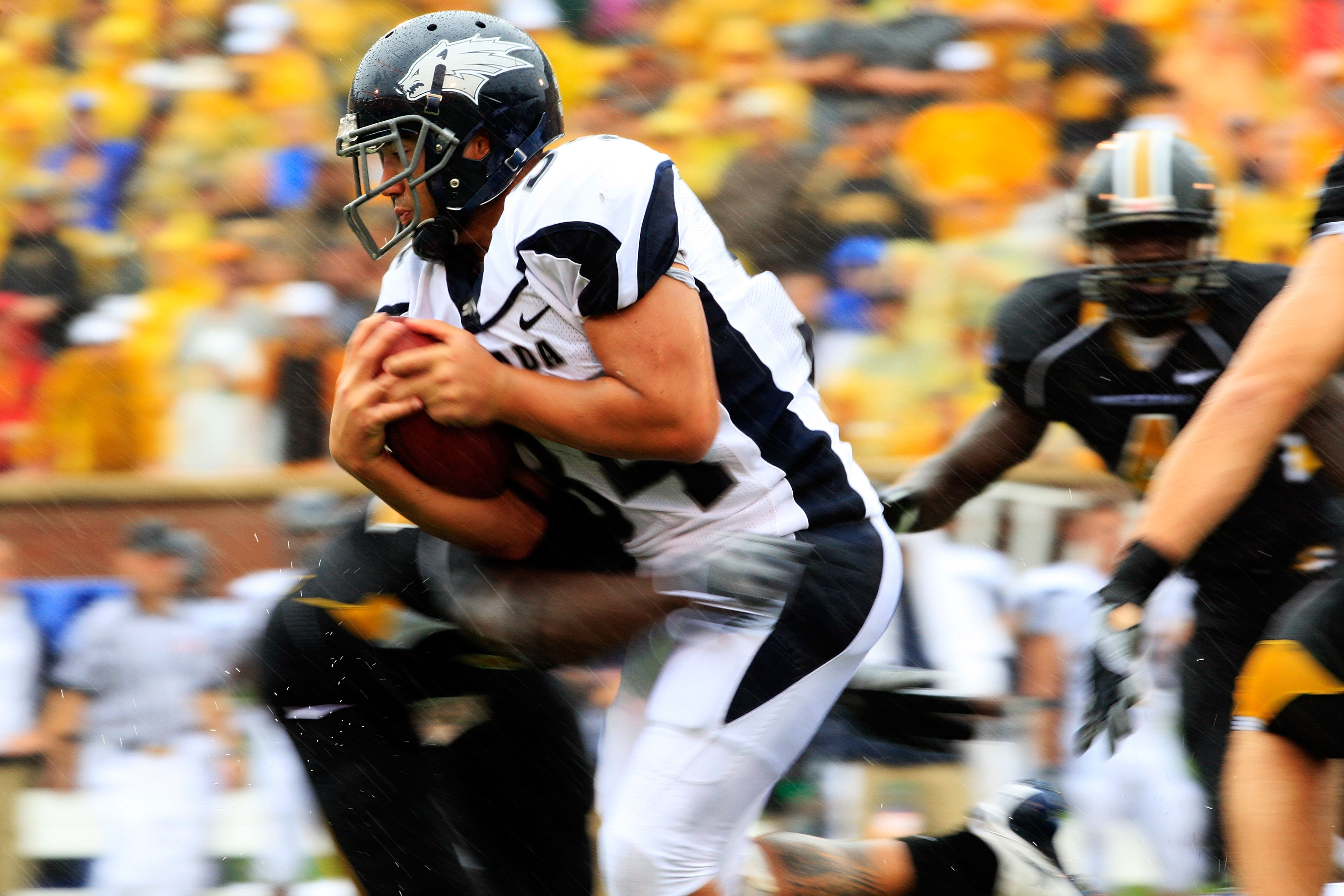 COLUMBIA, MO - SEPTEMBER 13:  Vai Taua #34 the Nevada Wolf Pack carries the ball during the first half of the game against the Missouri Tigers on September 13, 2008 at Memorial Stadium in Columbia, Missouri.  (Photo by Jamie Squire/Getty Images)