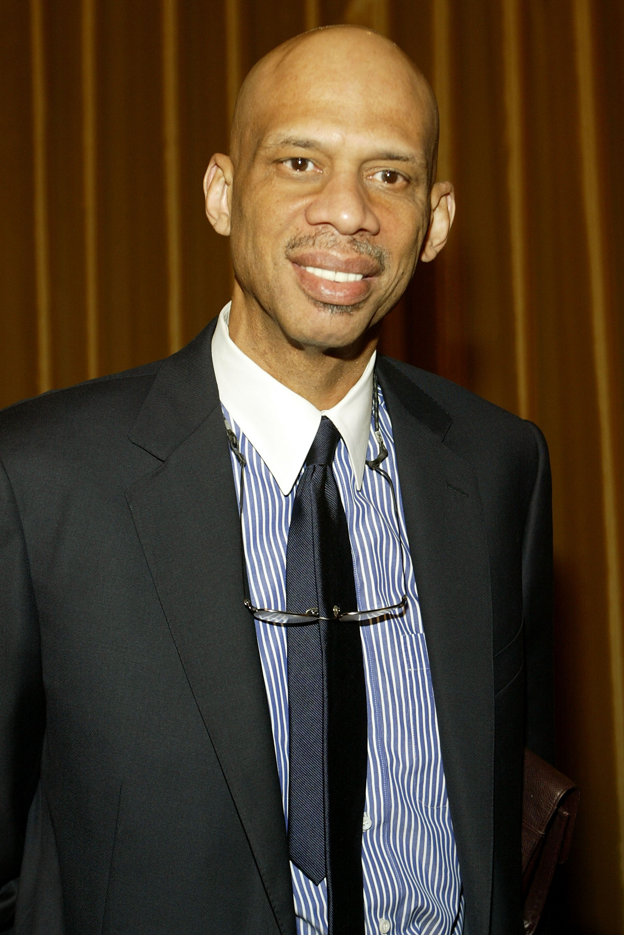 BEVERLY HILLS, CA - JANUARY 29:  Former NBA star Kareem Abdul-Jabbarr arrives at the 57th Annual DGA Awards Dinner at the Beverly Hilton Hotel on January 29, 2005 in Beverly Hills, California.  (Photo by Michael Buckner/Getty Images)