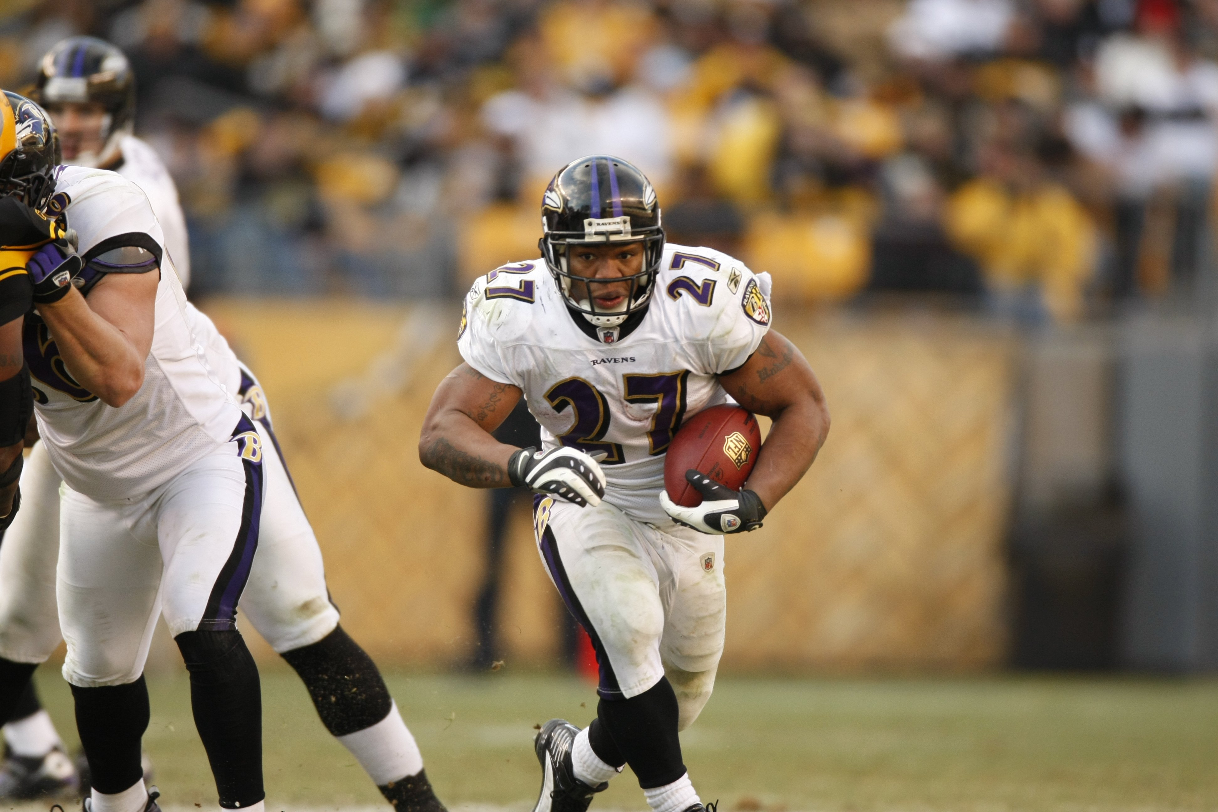 57780fd02b1 PITTSBURGH - DECEMBER 27  Ray Rice  27 of the Baltimore Ravens carries the  ball