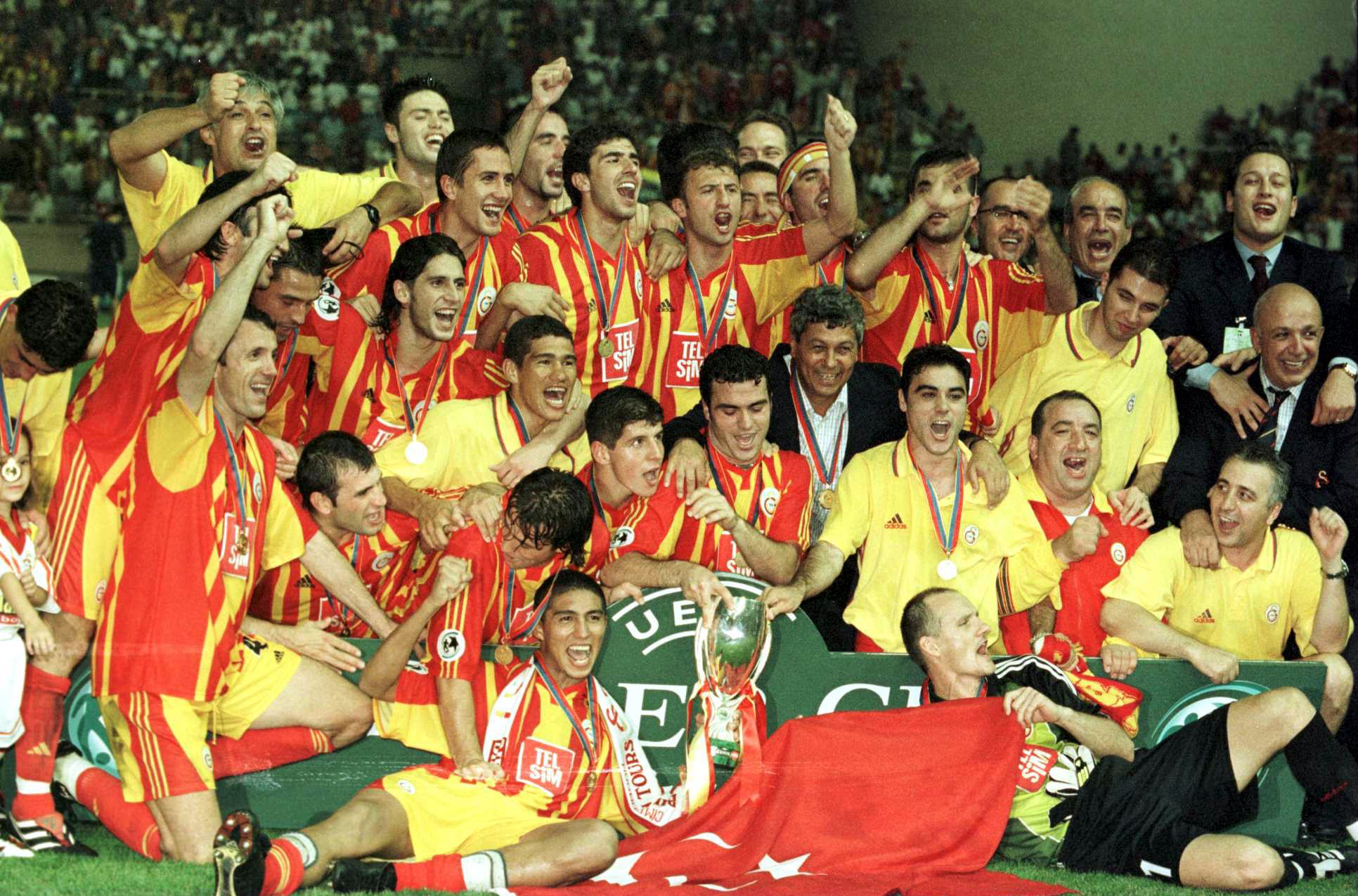 Galatasary brought the UEFA Cuo to Turkey in 2000.