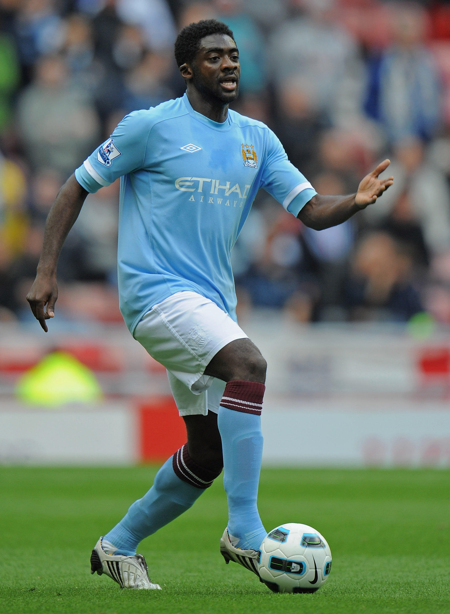 SUNDERLAND, ENGLAND - AUGUST 29:  Kolo Toure of Manchester City in action during the Barclays Premier League match between Sunderland and Manchester City at the Stadium of Light on August 29, 2010 in Sunderland, England.  (Photo by Michael Regan/Getty Ima