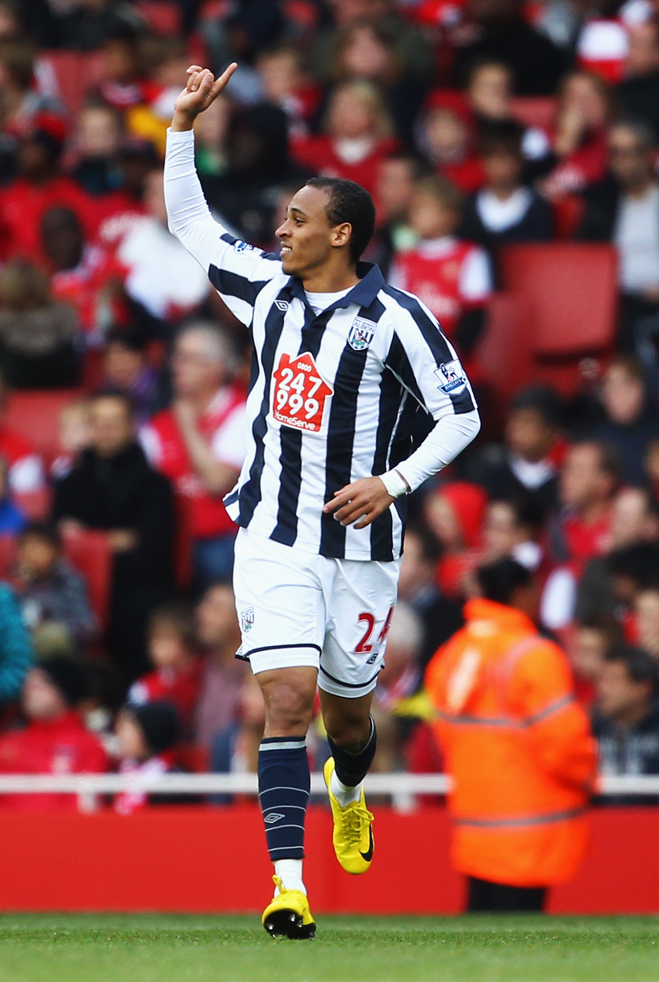 LONDON, ENGLAND - SEPTEMBER 25:  Peter Odemwingie of West Bromwich Albion celebrates as he scores their first goal during the Barclays Premier League match between Arsenal and West Bromwich Albion at the Emirates Stadium on September 25, 2010 in London, E