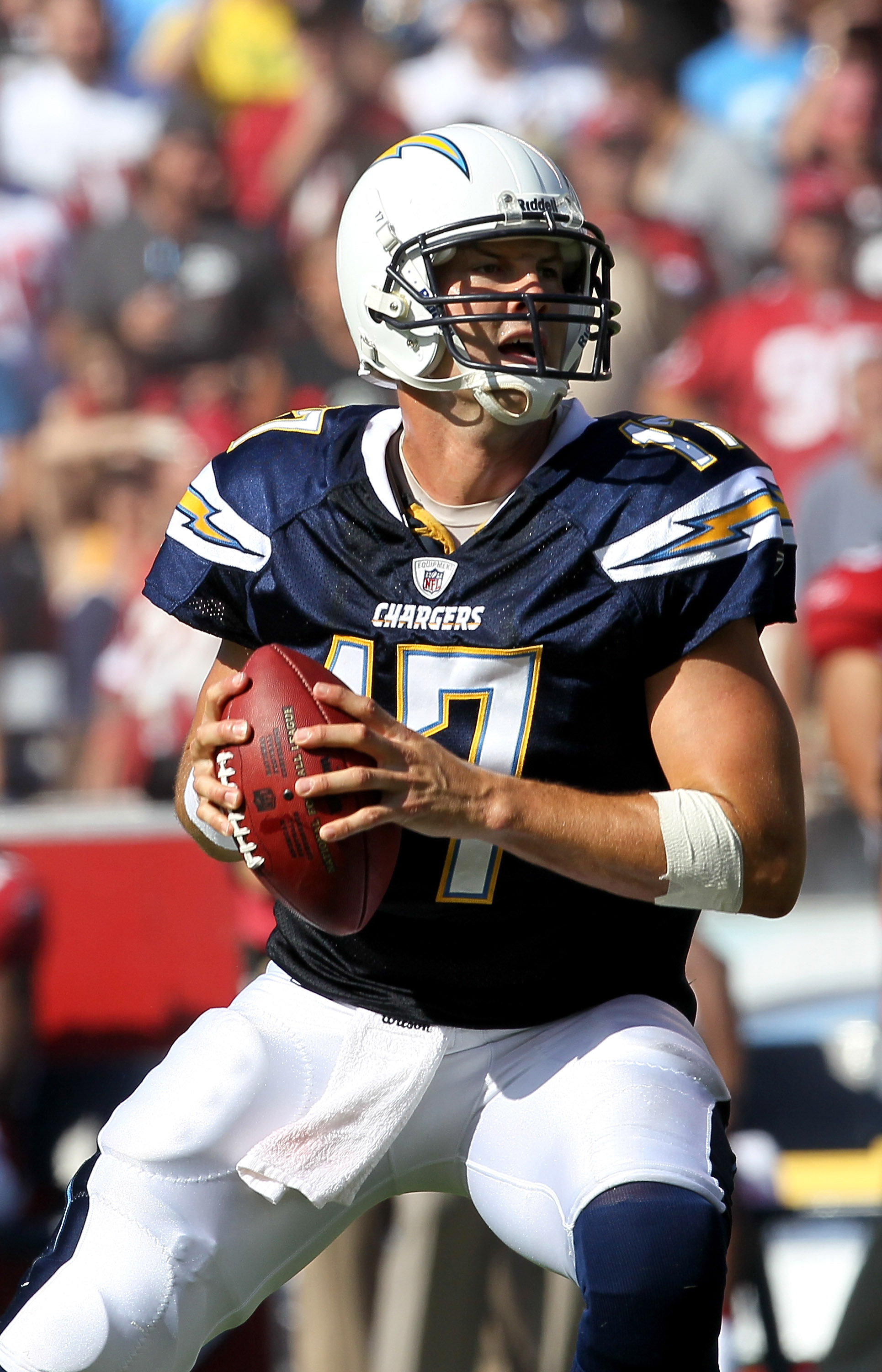SAN DIEGO - OCTOBER 03:  Quarterback Philip Rivers of the San Diego Chargers looks to throw a pass against the Arizona Cardinals at Qualcomm Stadium on October 3, 2010 in San Diego, California.   The Chargers won 41-10.  (Photo by Stephen Dunn/Getty Image