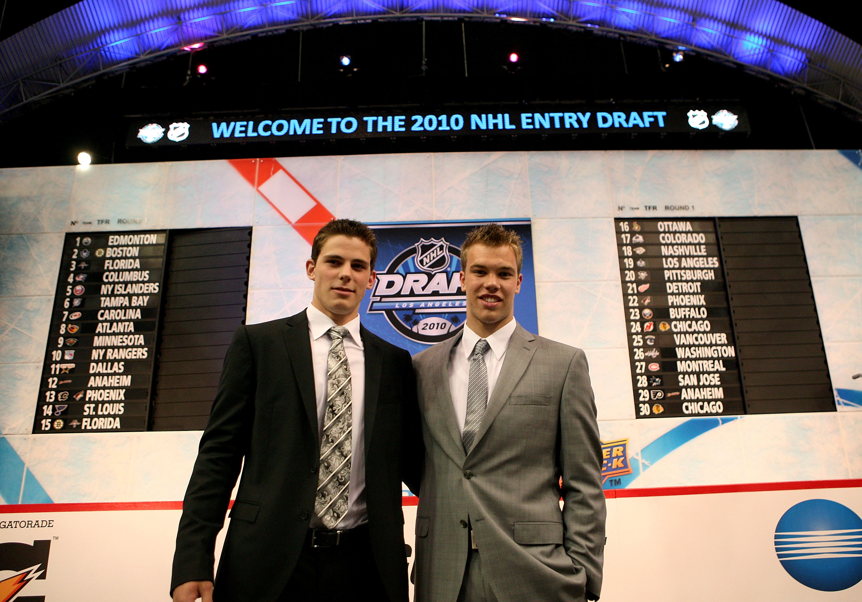 LOS ANGELES, CA - JUNE 25:  (L-R) NHL prospects Tyler Seguin and Taylor Hall pose during the 2010 NHL Entry Draft at Staples Center on June 25, 2010 in Los Angeles, California.  (Photo by Bruce Bennett/Getty Images)