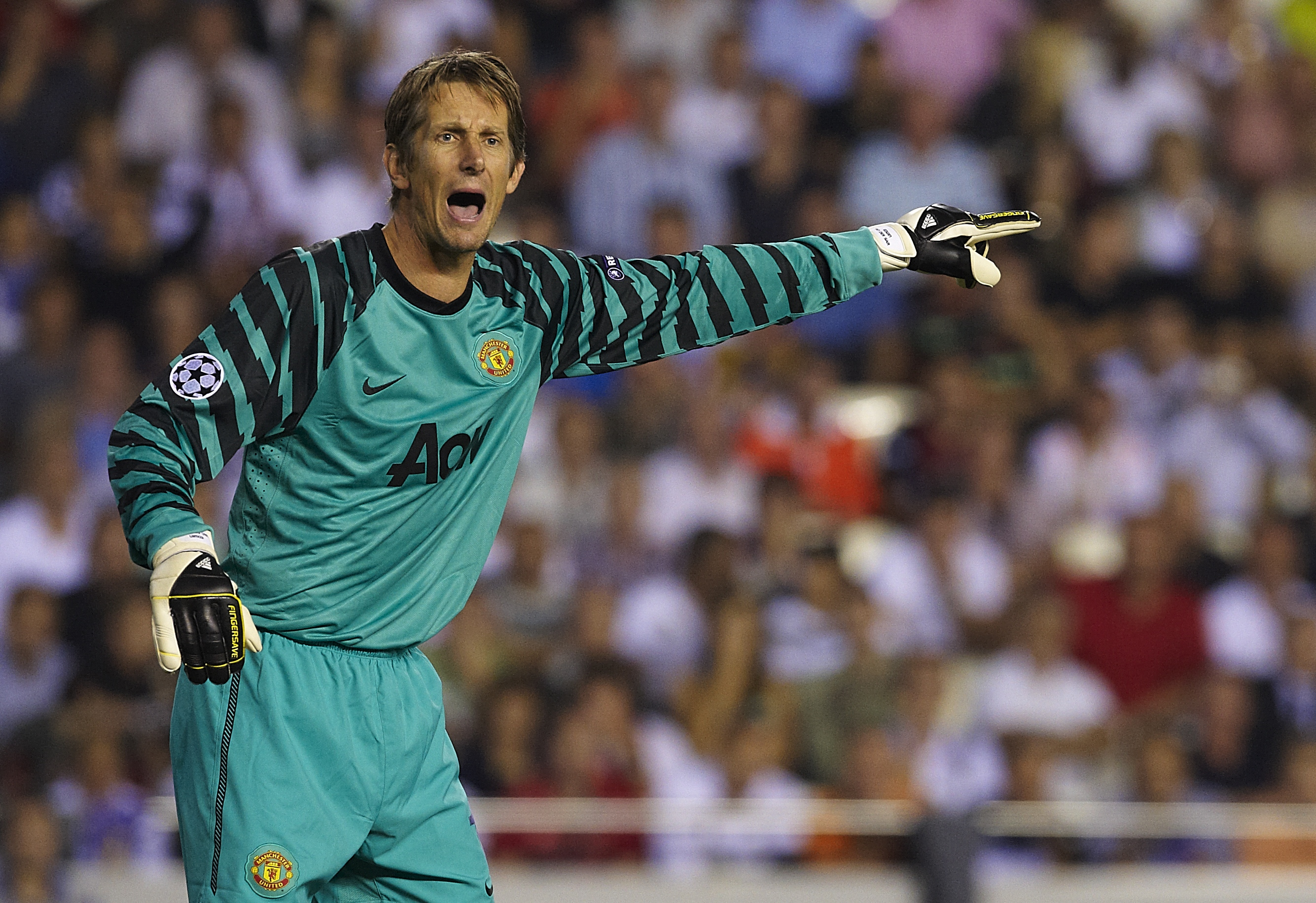 VALENCIA, SPAIN - SEPTEMBER 29:  Edwin Van der Sar of Manchester United reacts during the UEFA Champions League group C match between Valencia and Manchester United on September 29, 2010 in Valencia, Spain. Manchester United 1-0. Manchester United 1-0. (P