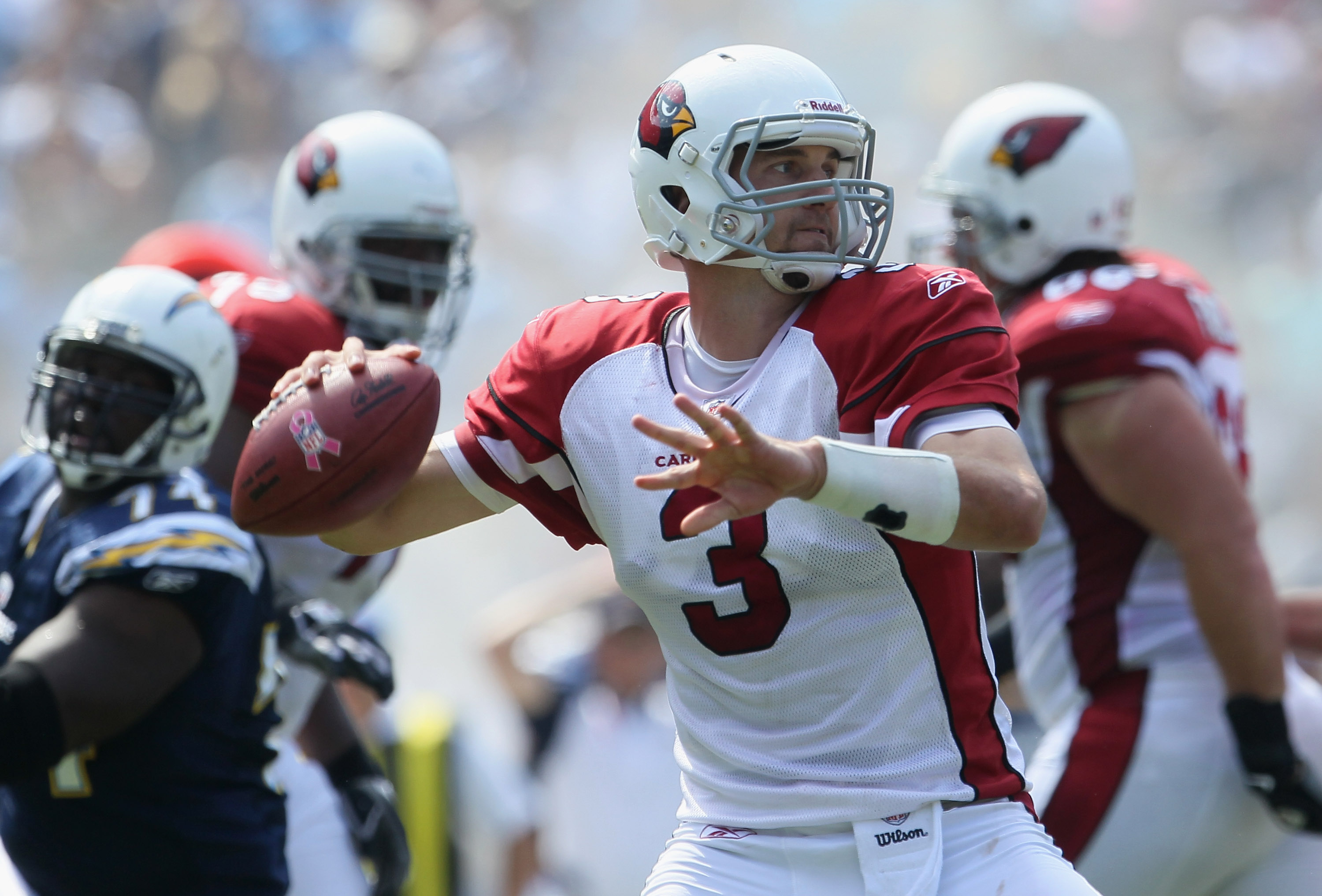 SAN DIEGO - OCTOBER 03:  Quarterback Derek Anderson #3 of the Arizona Cardinals drops back to pass in the first quarter against the San Diego Chargers at Qualcomm Stadium on October 3, 2010 in San Diego, California. The Chargers defeated the Cardinals 41-
