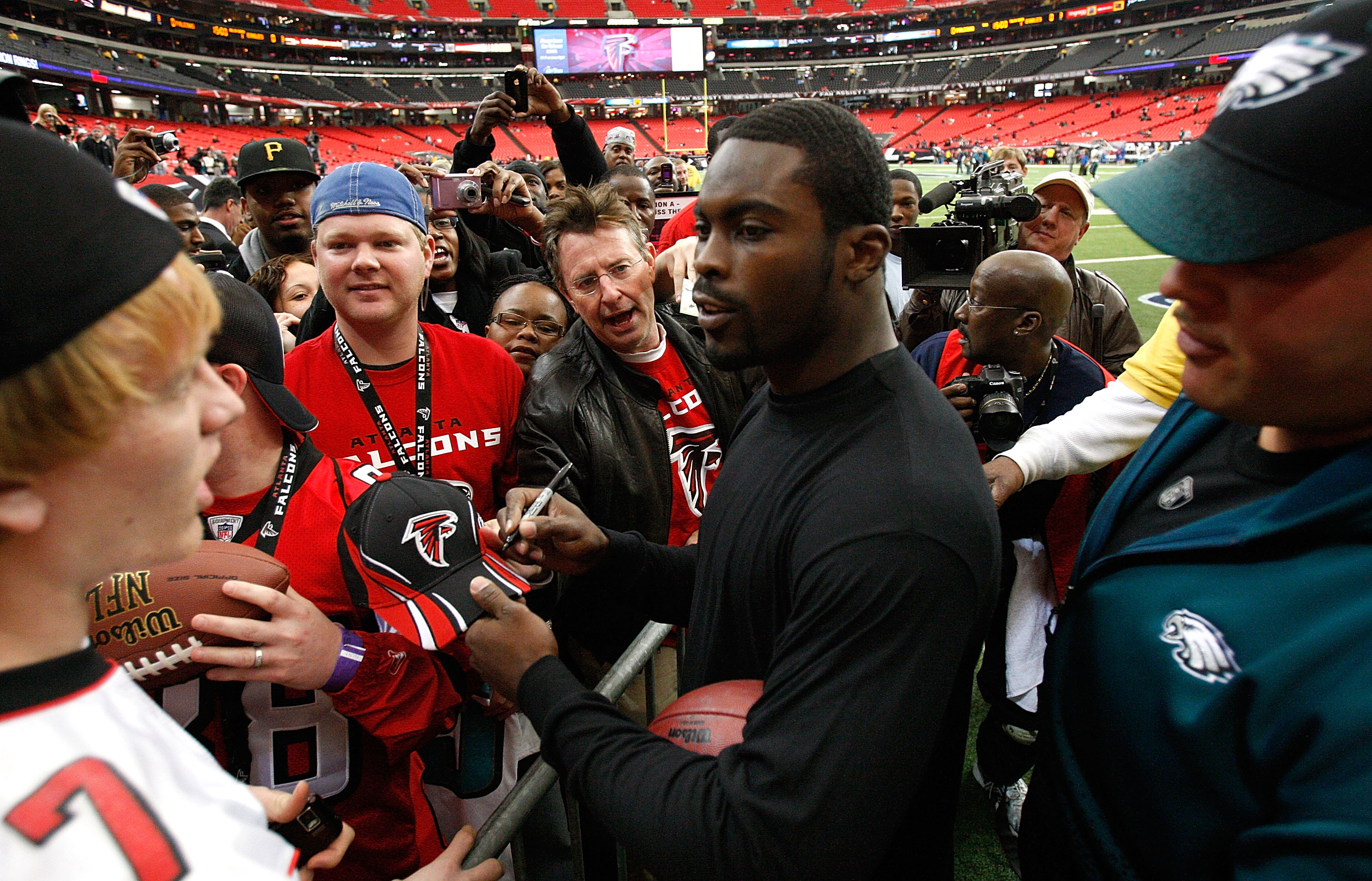 Image result for vick eagles and falcons fans