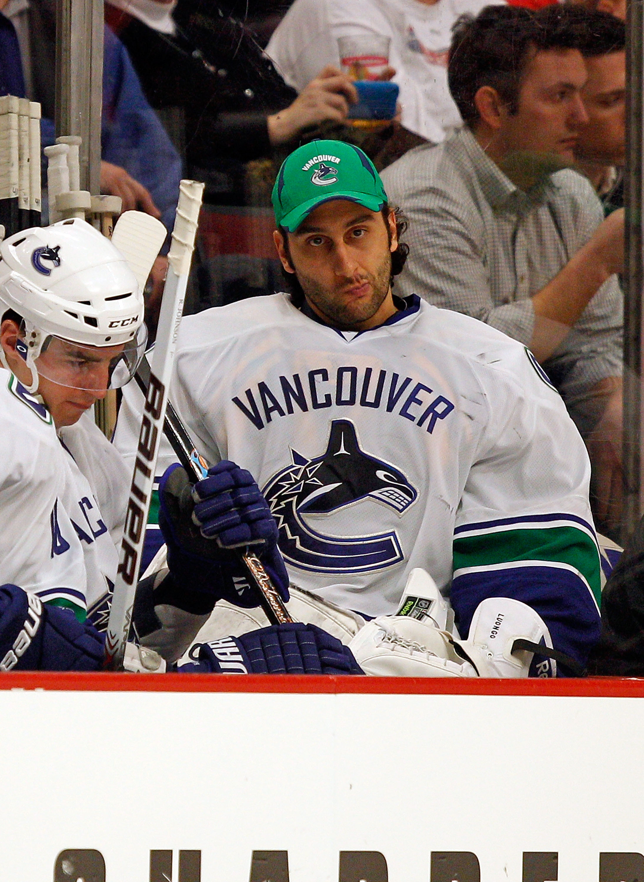 Roberto Luongo And Other Players Under Pressure Bleacher Report