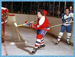 Bill Mikkelson: The defenseman that couldn't defend.