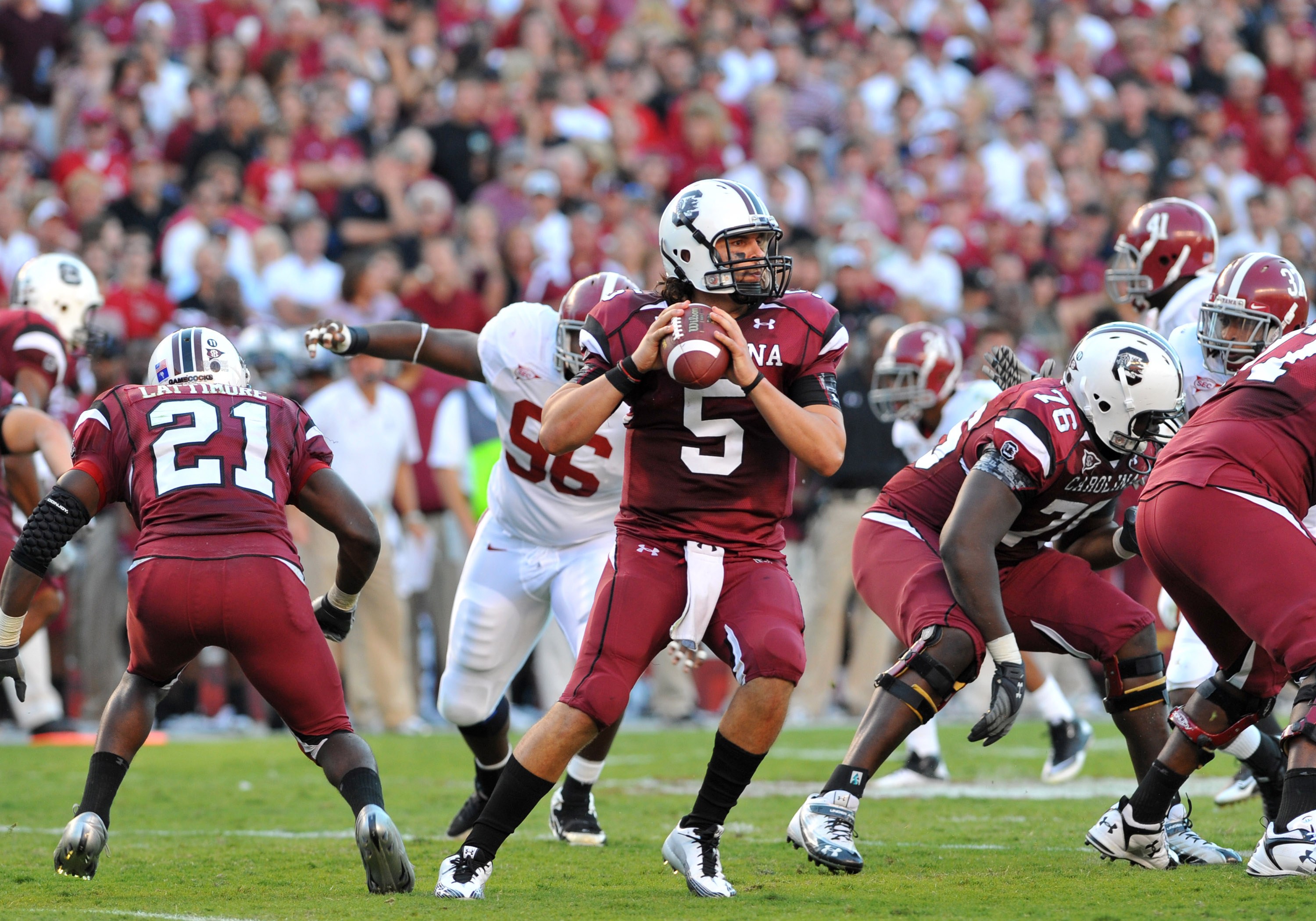 COLUMBIA, SC - OCTOBER 9: Quarterback Stephen Garcia #5 of the South Carolina Gamecocks sets to pass against the Alabama Crimson Tide October 9, 2010 at Williams-Brice Stadium in Columbia, South Carolina.  (Photo by Al Messerschmidt/Getty Images)