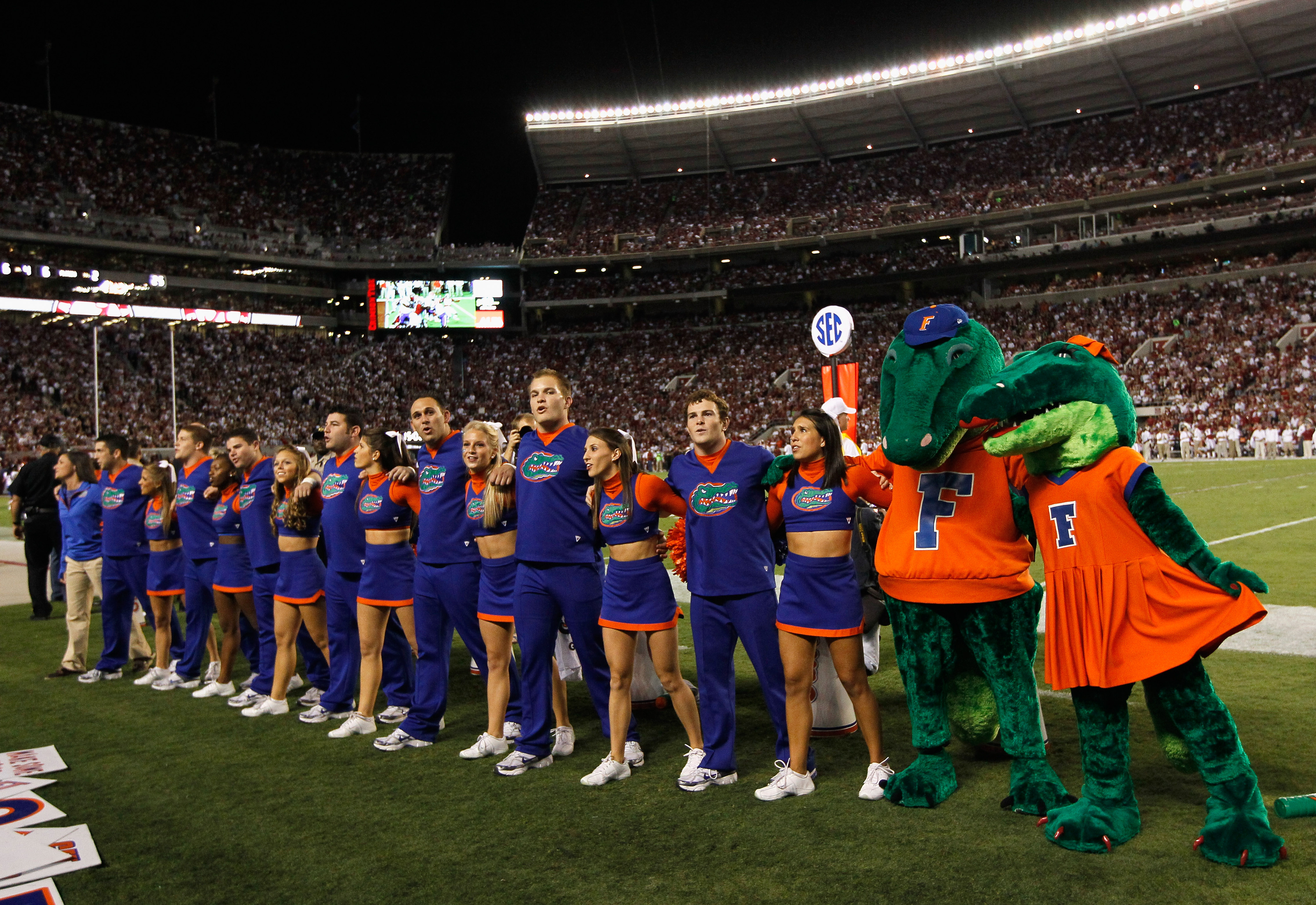 TUSCALOOSA, AL - OCTOBER 02:  Cheerleaders and mascots of the Florida Gators during the game against the Alabama Crimson Tide at Bryant-Denny Stadium on October 2, 2010 in Tuscaloosa, Alabama.  (Photo by Kevin C. Cox/Getty Images)