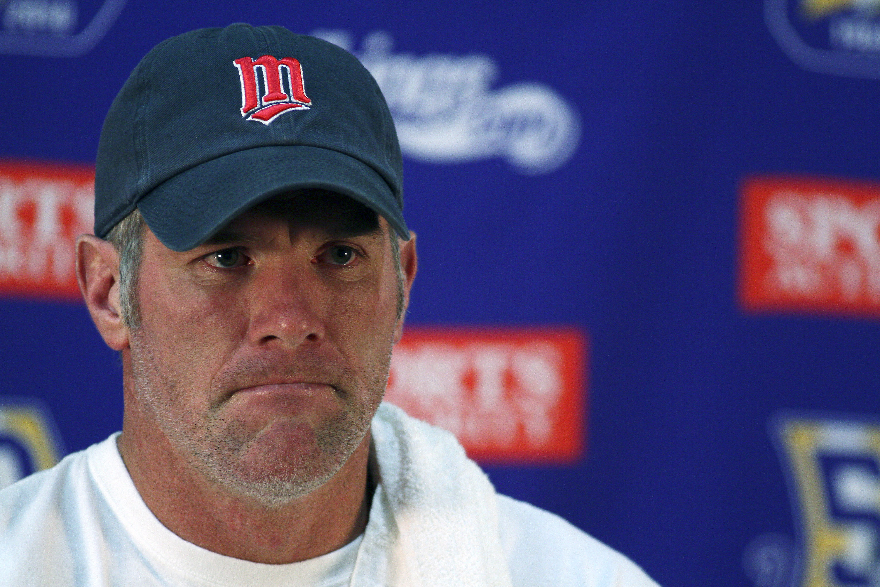 EDEN PRAIRIE, MN - OCTOBER 7:  Minnesota Vikings quarterback Brett Favre answers questions from the media during a press conference at Winter Park on October 7, 2010 in Eden Prairie, Minnesota.  (Photo by Adam Bettcher/Getty Images)